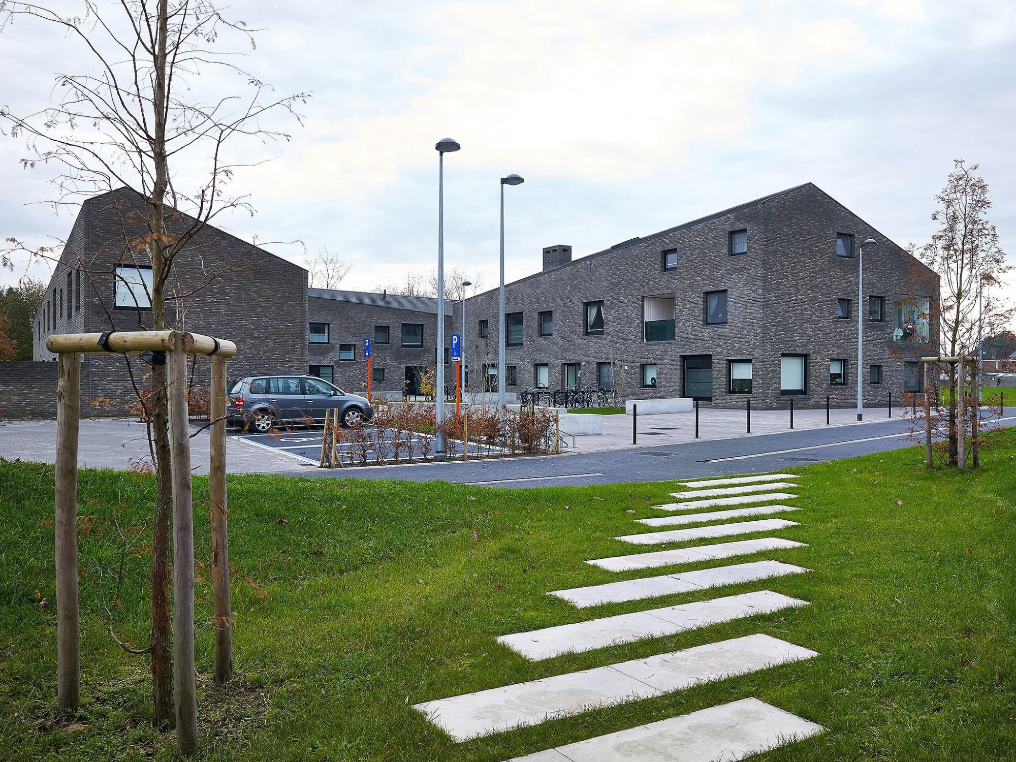 Afbeelding: Architectuur fotografie, sociale woningen te Berlaar, voor Nys -Driesen.