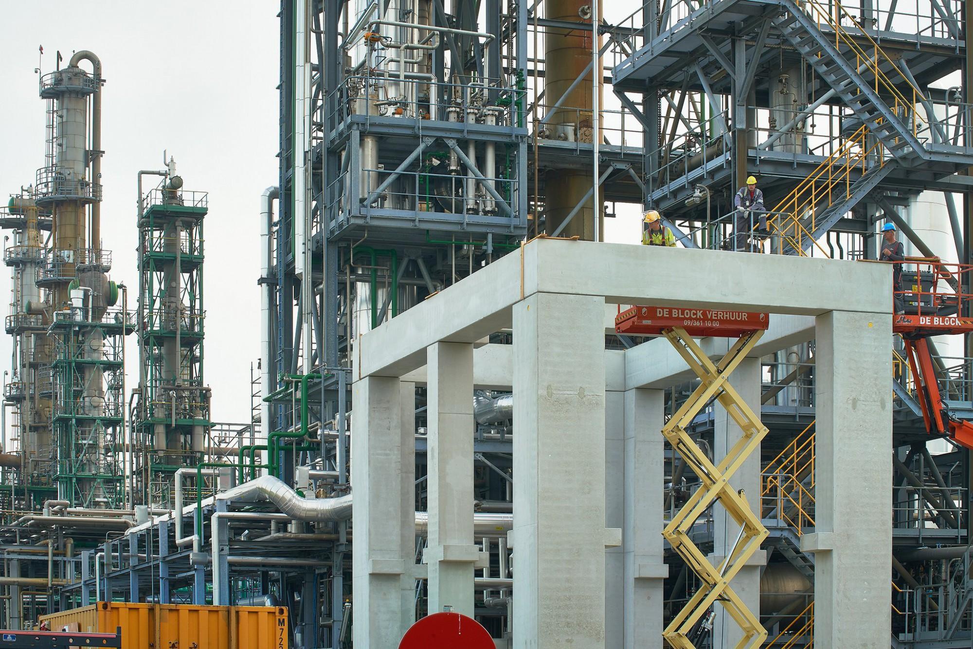 Afbeelding: Werfopvolging voor Mourik, fotografie industrie bedrijf haven Foto Van Huffel Antwerpen.