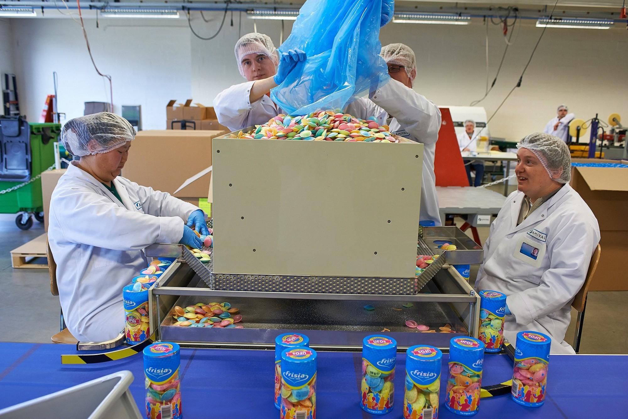 Afbeelding: Bedrijfs reportage voor Amival, outsourcing personeel bij Astra Sweets.
