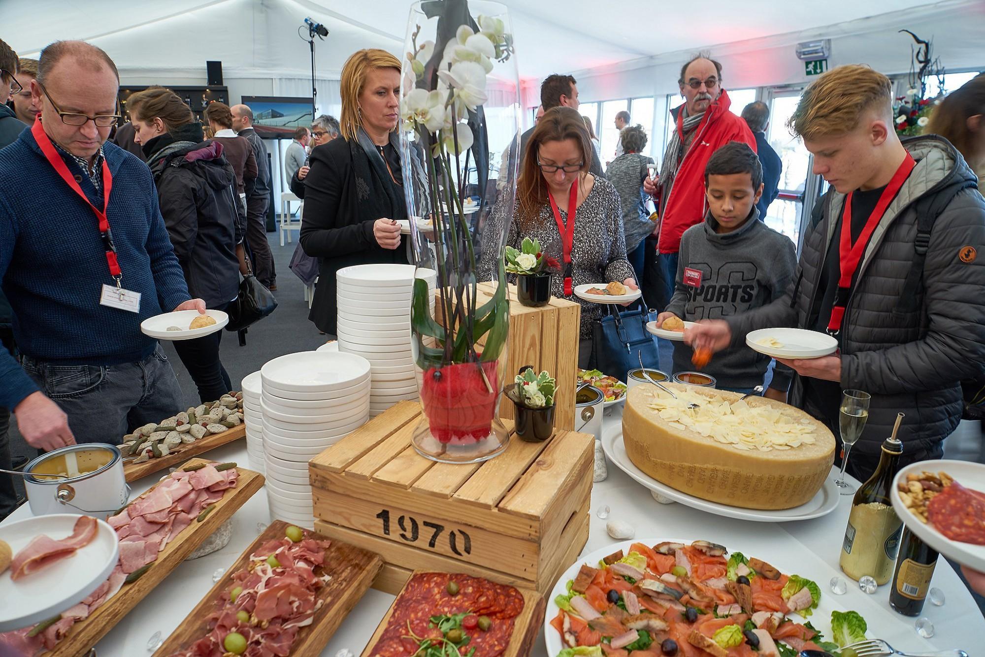 Afbeelding: Event fotografie voor Stadsbader, deze nodigt zijn medewerkers en onderaannemers uit, Lummen.