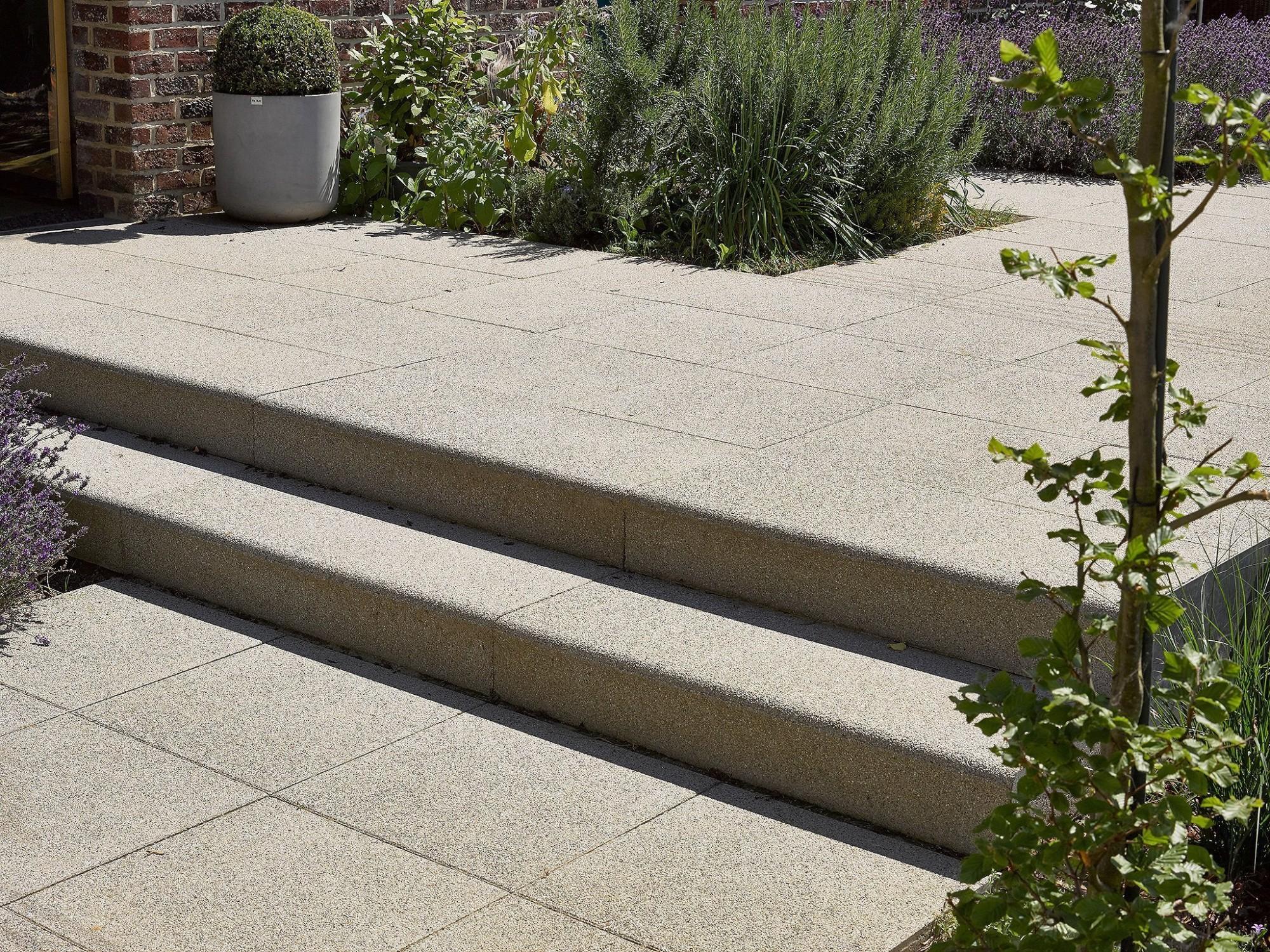 Afbeelding: Product fotografie op locatie, trappen en tegels voor Stone & Style.
