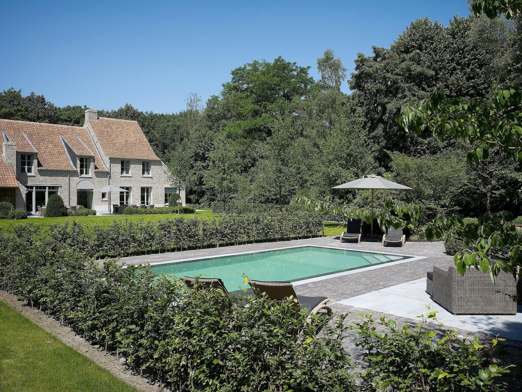 Afbeelding: Fotografie zwembad te Zandhoven voor AB Pools.