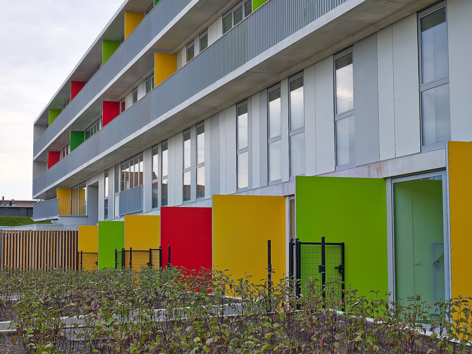 Afbeelding: Architectuur fotografie, sociale woningen, woonhaven te Deurne, voor Nys -Driesen, © atelier M Architects + Planners.