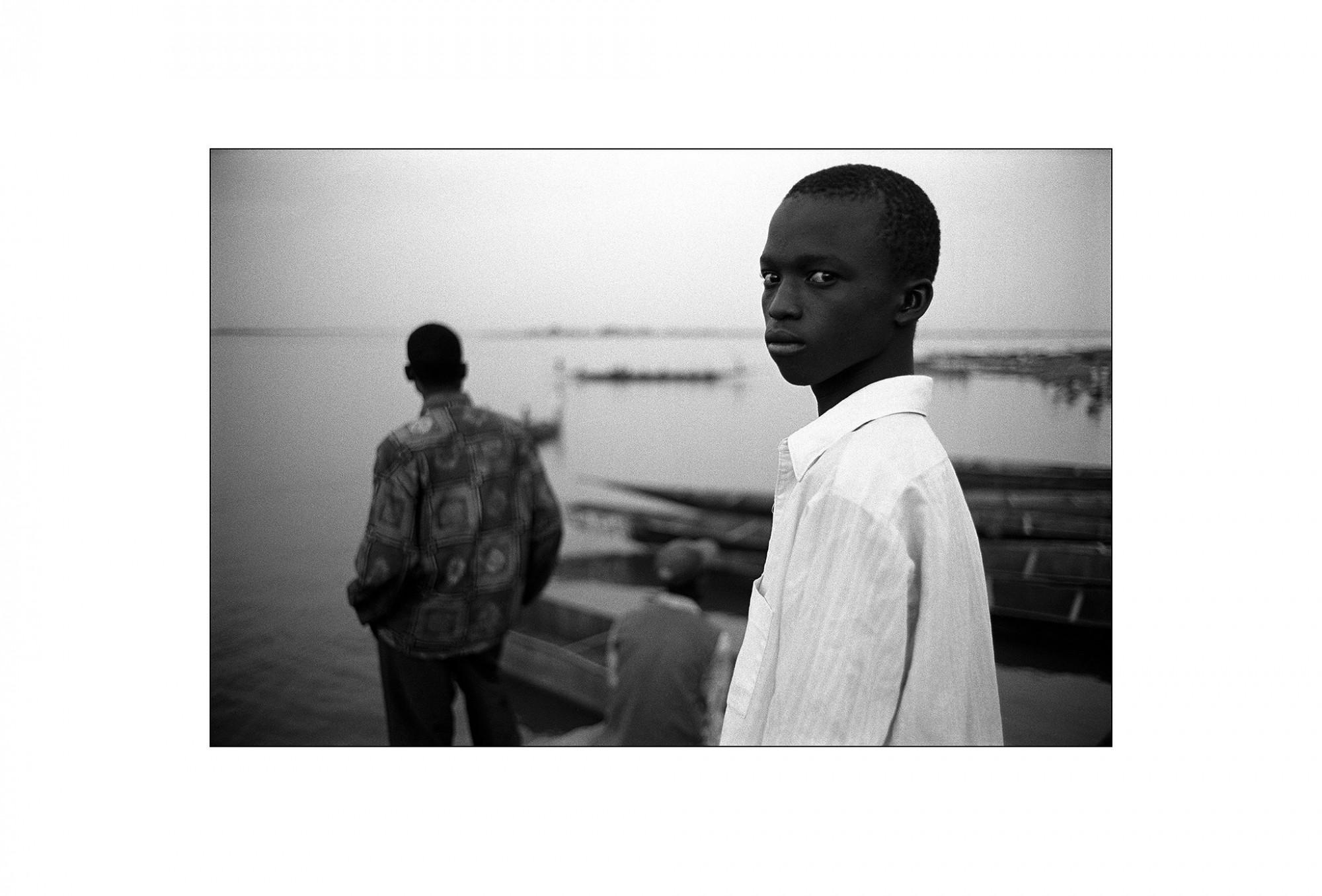 Afbeelding: Fotografie - Art, uit de reeks : De kleur van zwart. Mali, 98-11-30,© Dominique Van Huffel