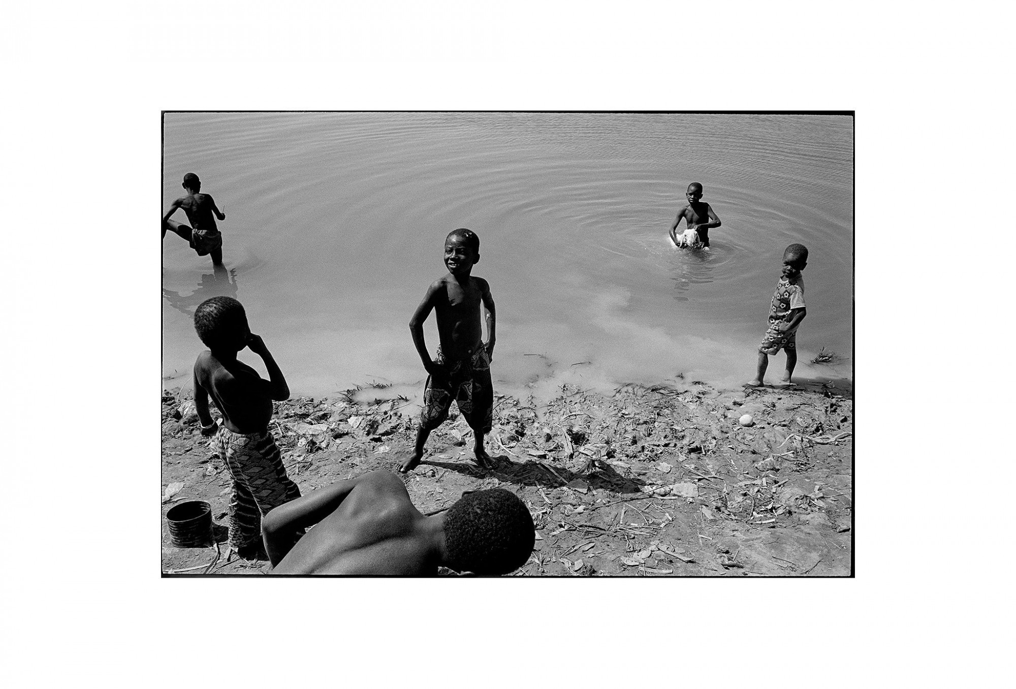 Afbeelding: Fotografie - Art, uit de reeks : De kleur van zwart. Mali, 98, © Dominique Van Huffel.