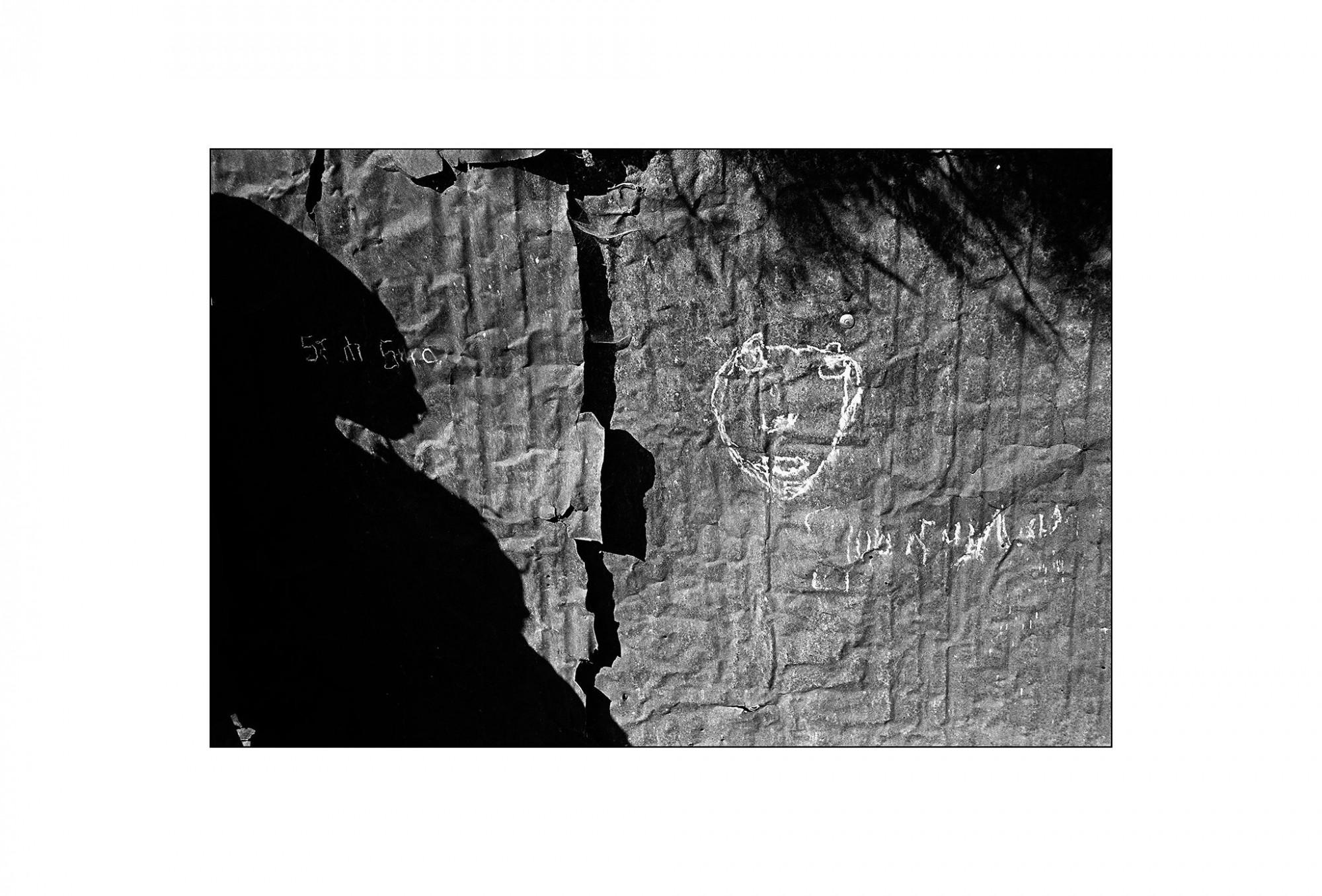 Afbeelding: Fotografie - Art, uit de reeks : De kleur van zwart. Ethiopië, 02-15-35, © Dominique Van Huffel.
