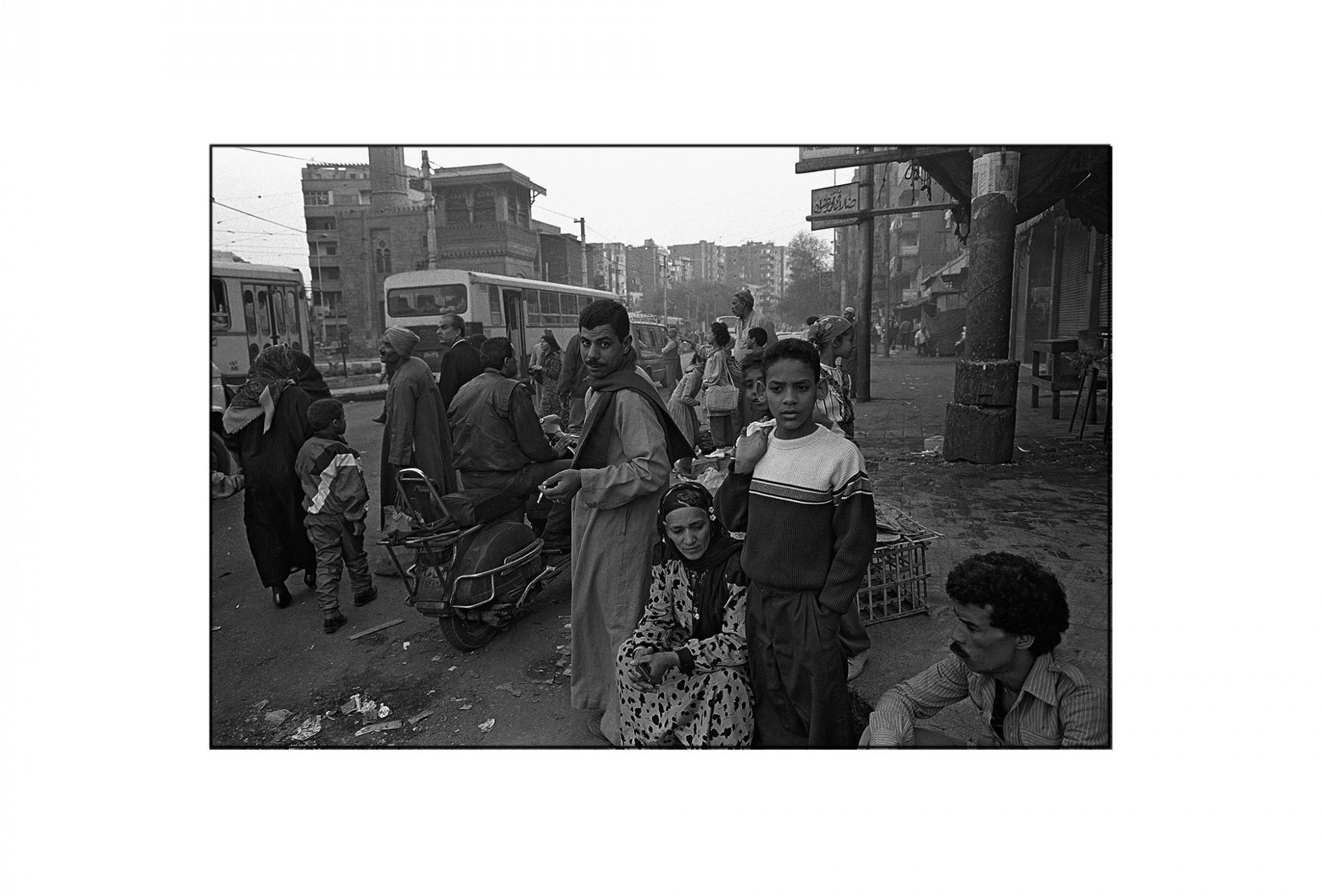 Afbeelding: Fotografie - Art, uit de reeks : De kleur van zwart. Egypte, 93-30-17, © Dominique Van Huffel.