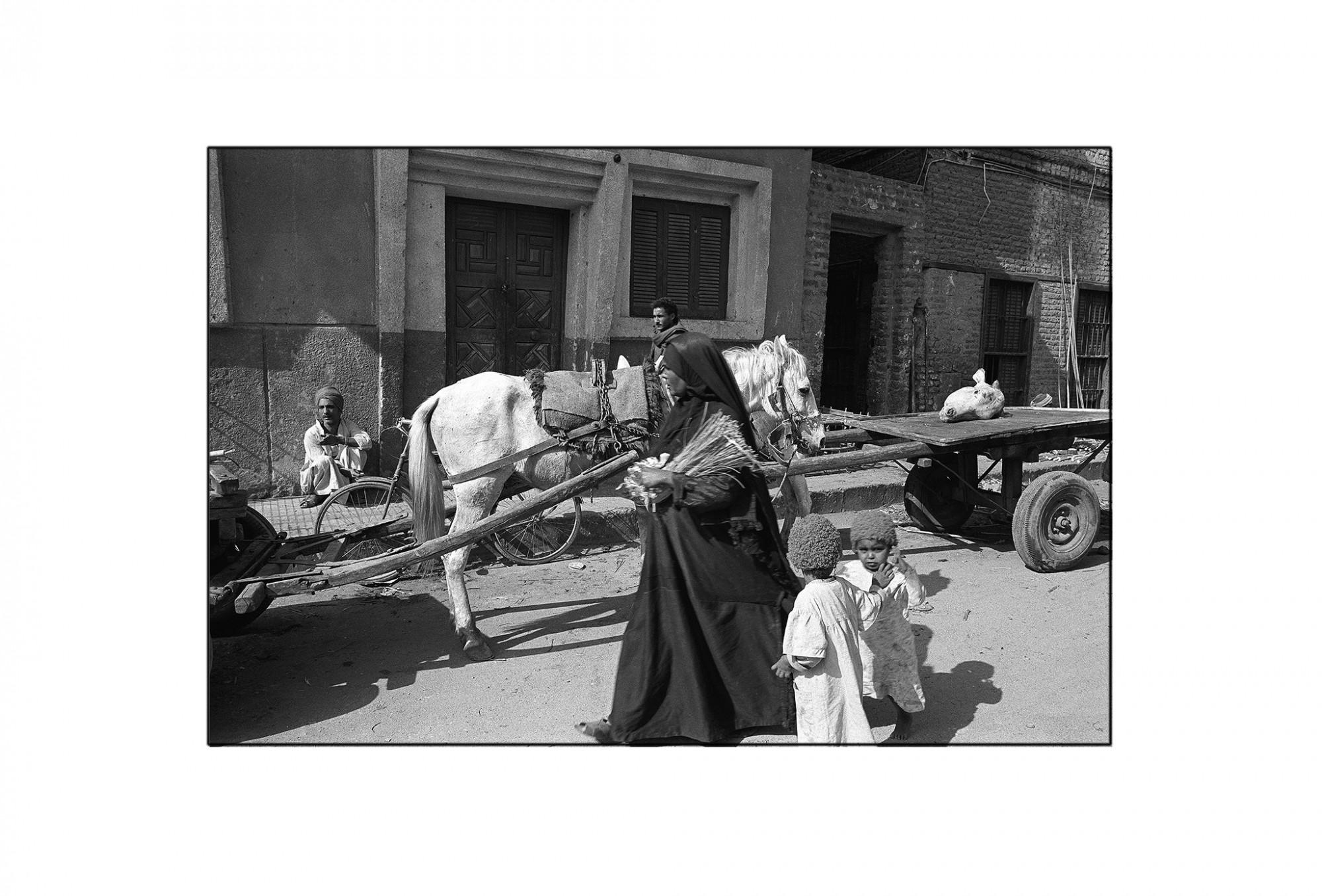 Afbeelding: Fotografie - Art, uit de reeks : De kleur van zwart. Egypte, 93-06-06, © Dominique Van Huffel.