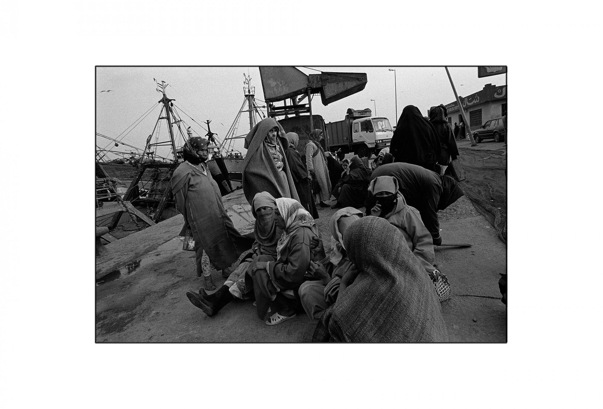 Afbeelding: Fotografie - Art, uit de reeks : De kleur van zwart. Marokko, 92-31-22,© Dominique Van Huffel.