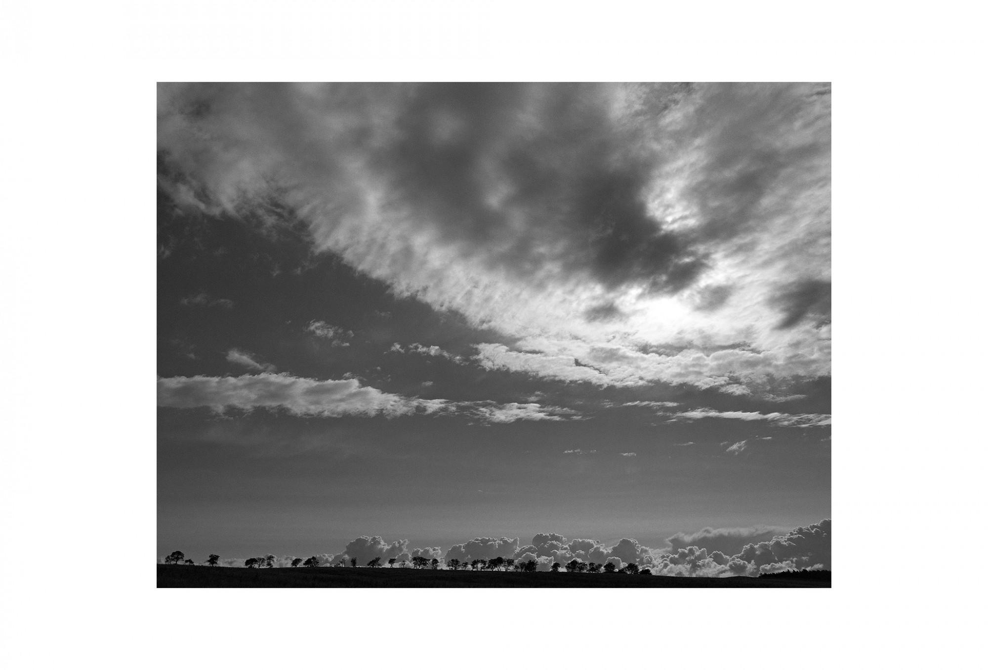 Afbeelding: Landscape England,© Dominique Van Huffel, foto kunst zwart wit, landschapsfotografie.