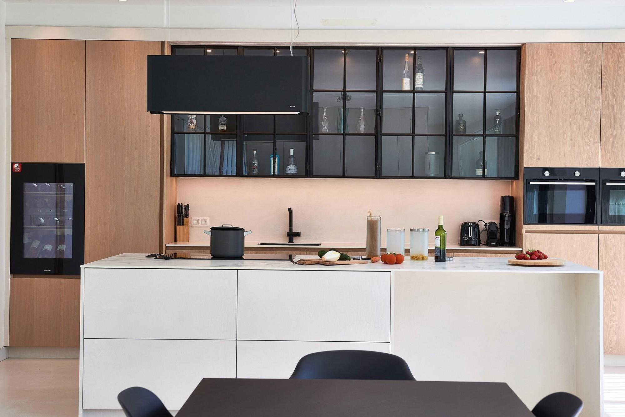 Afbeelding: Keuken fotografie voor Krijnen Malle, foto Van Huffel.