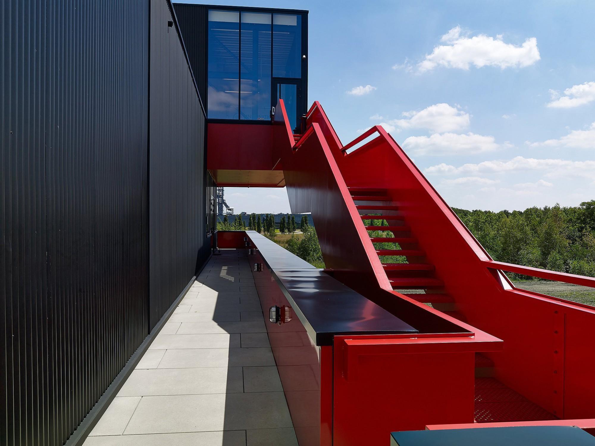 Afbeelding: Architectuur fotografie, industriebouw Deusjevoo te Genk, voor Stone&Style.