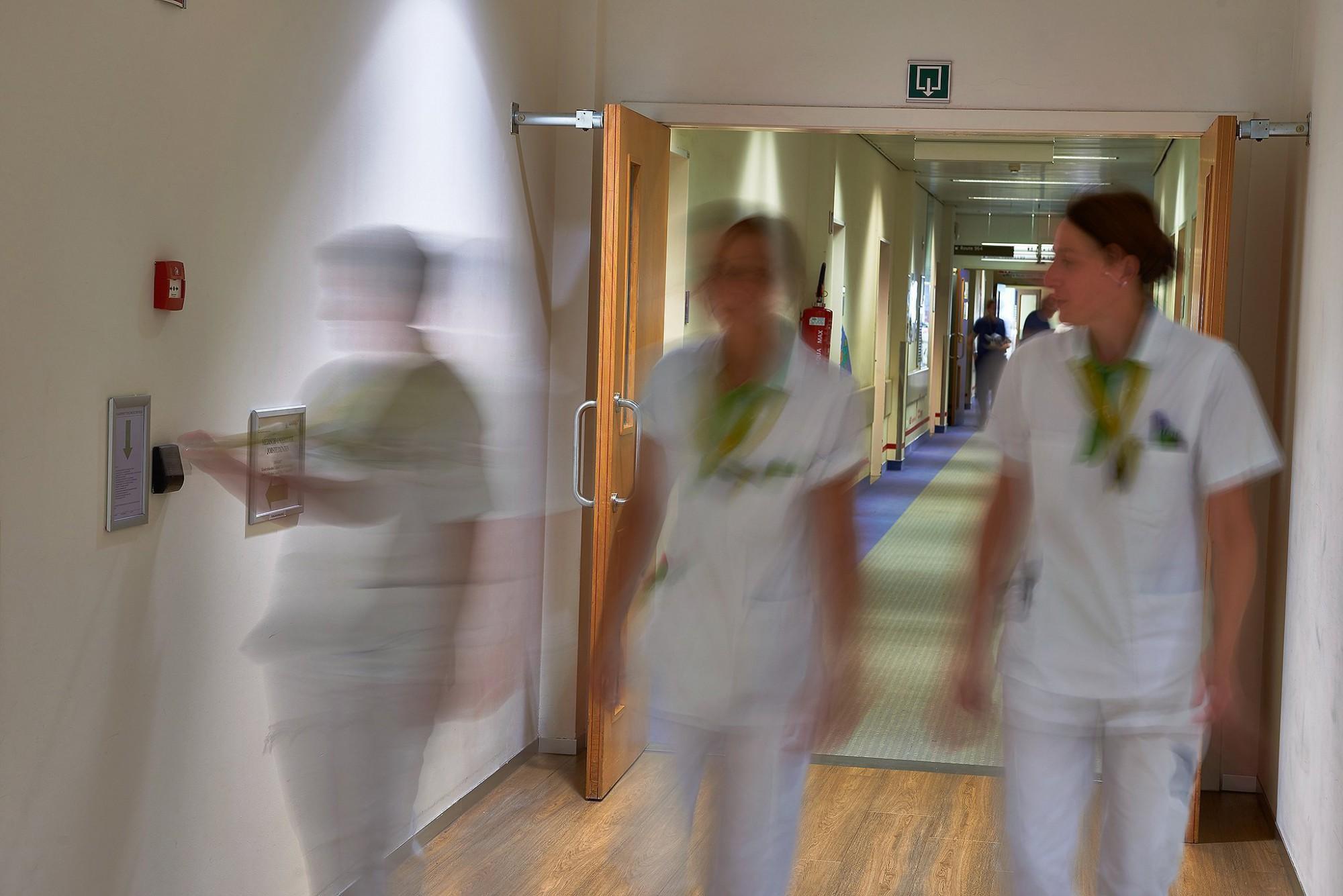 Afbeelding: Fotografie technieken in hospitalen voor GET, locatie fotografie Leuven.Bedrijfsreportages met een meerwaarden.