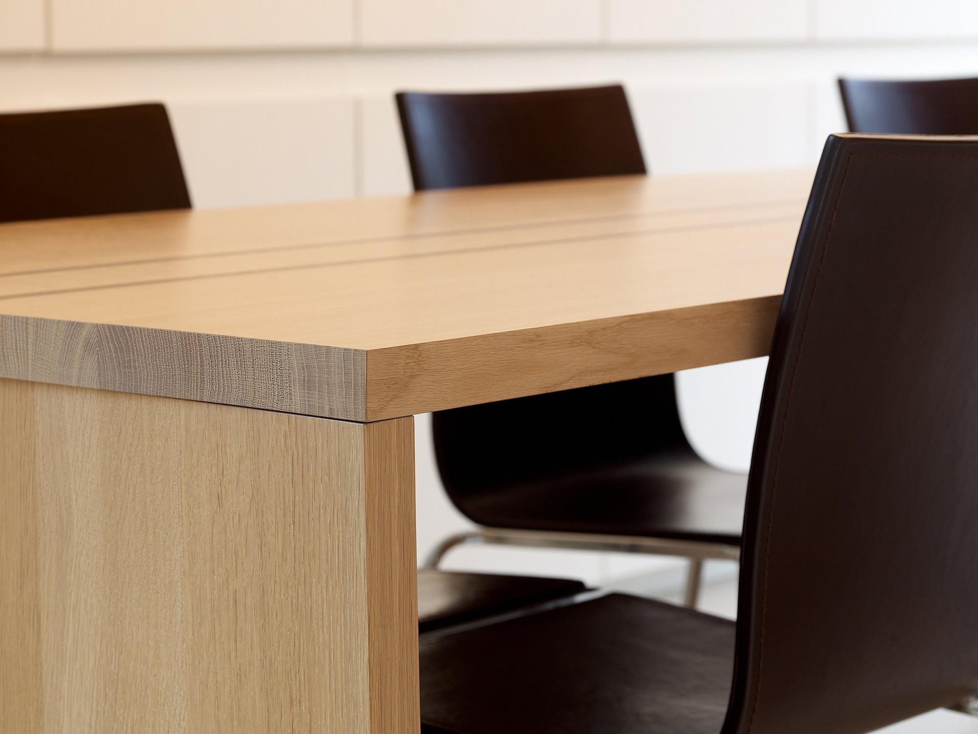 Afbeelding: Interieur fotografie detail tafel voor 4U-design.