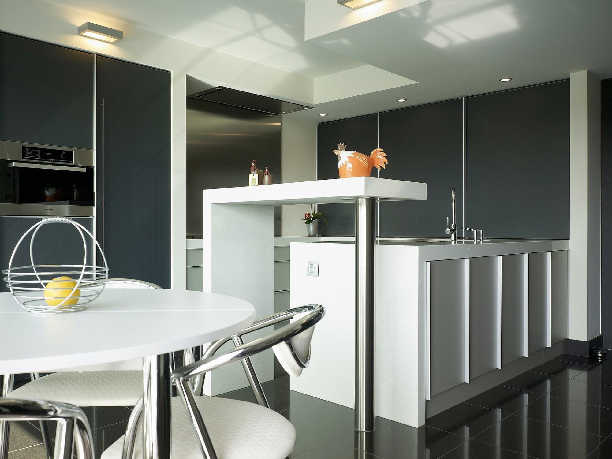 Afbeelding: Fotografie keuken modern te Leuven voor © BVV architecten,  fotografie keukens Foto Van Huffel.