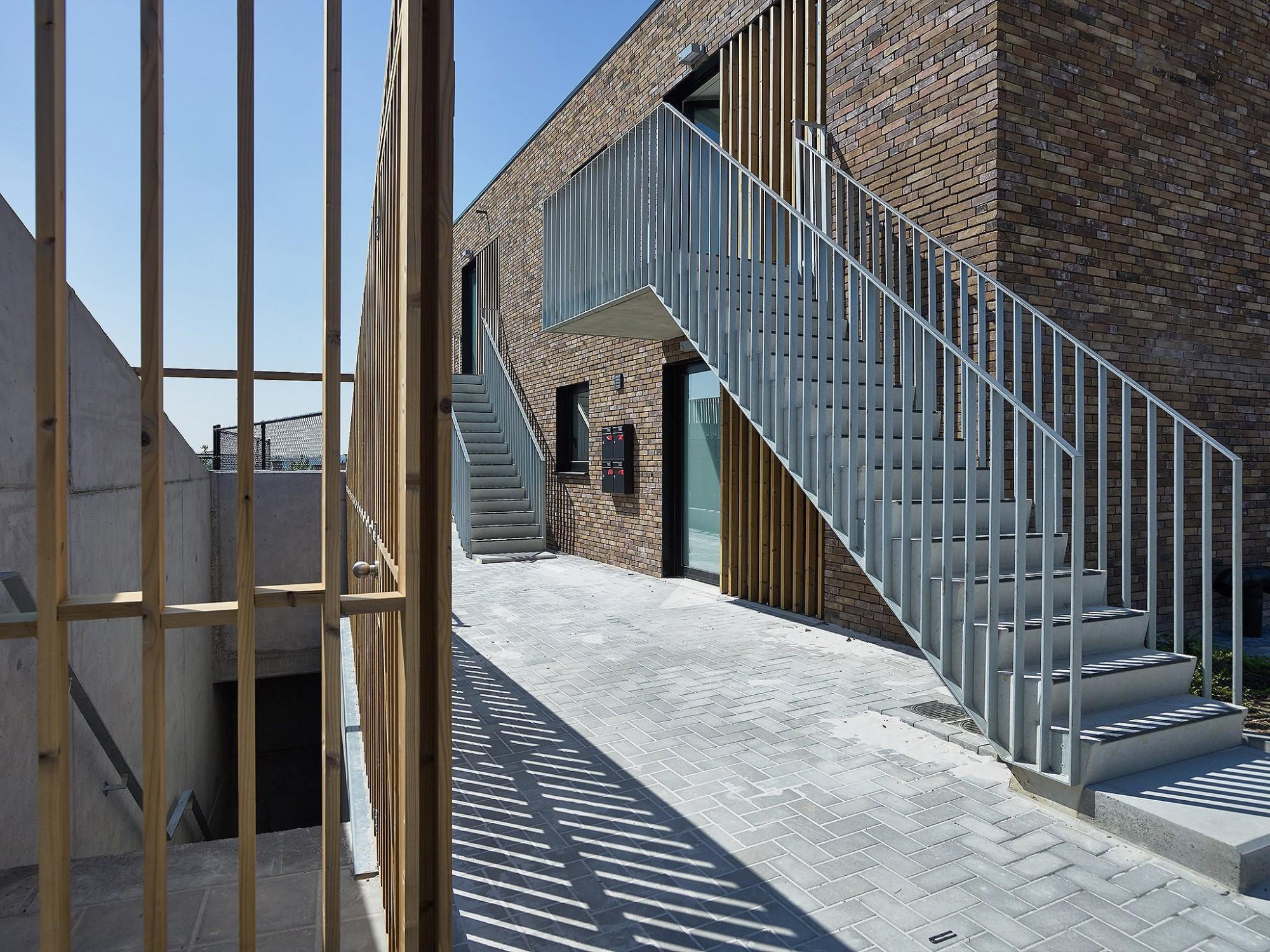 Afbeelding: Fotografie architectuur 40 sociale woningen, Schepdaal, voor  © atelier M Architects + Planners.