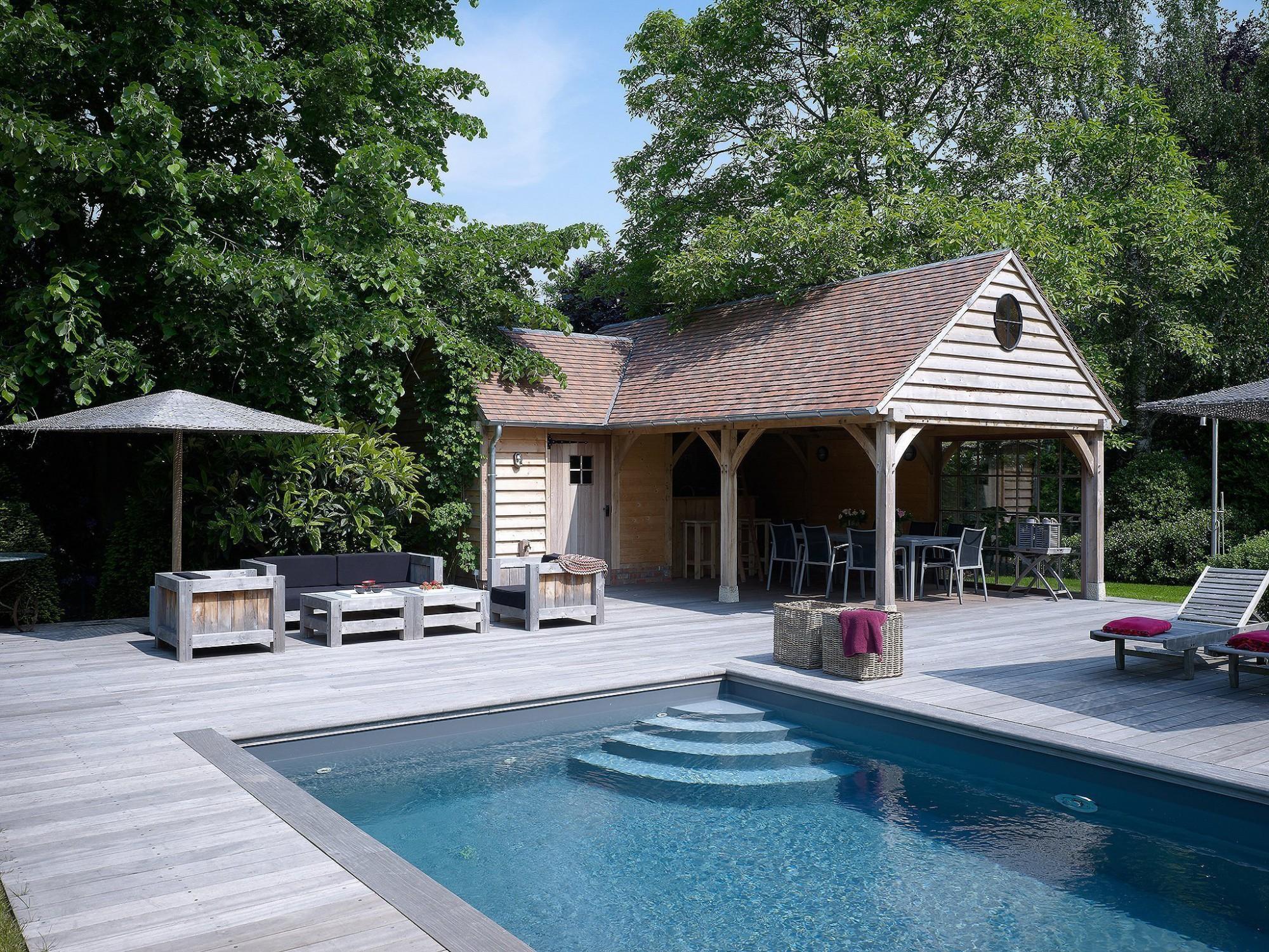 Afbeelding: Fotografie eiken poolhouse en zwembad te Kontich voor © Heritage Buildings.