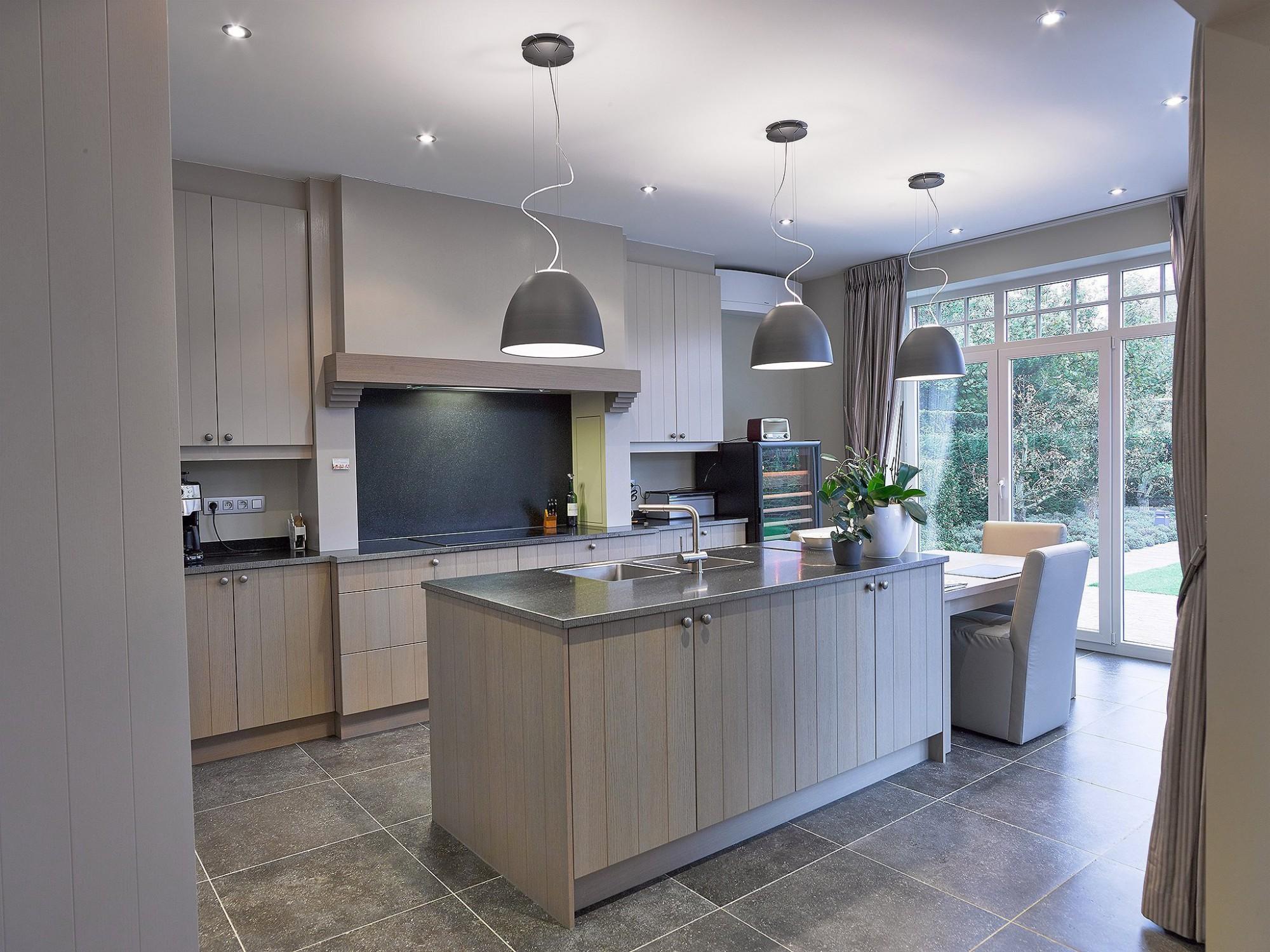 Afbeelding: Fotografie keuken modern te Westmeerbeek voor RDK,  fotografie keukens Foto Van Huffel.