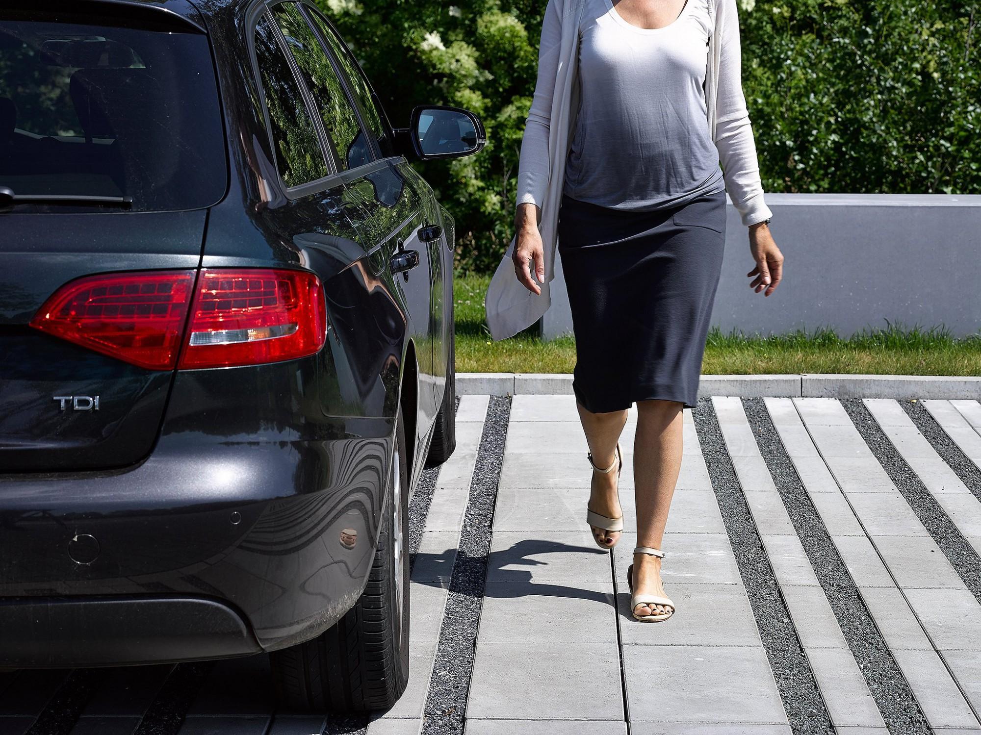 Afbeelding: Fotografie betonproducten eco-tegels voor Ebema.