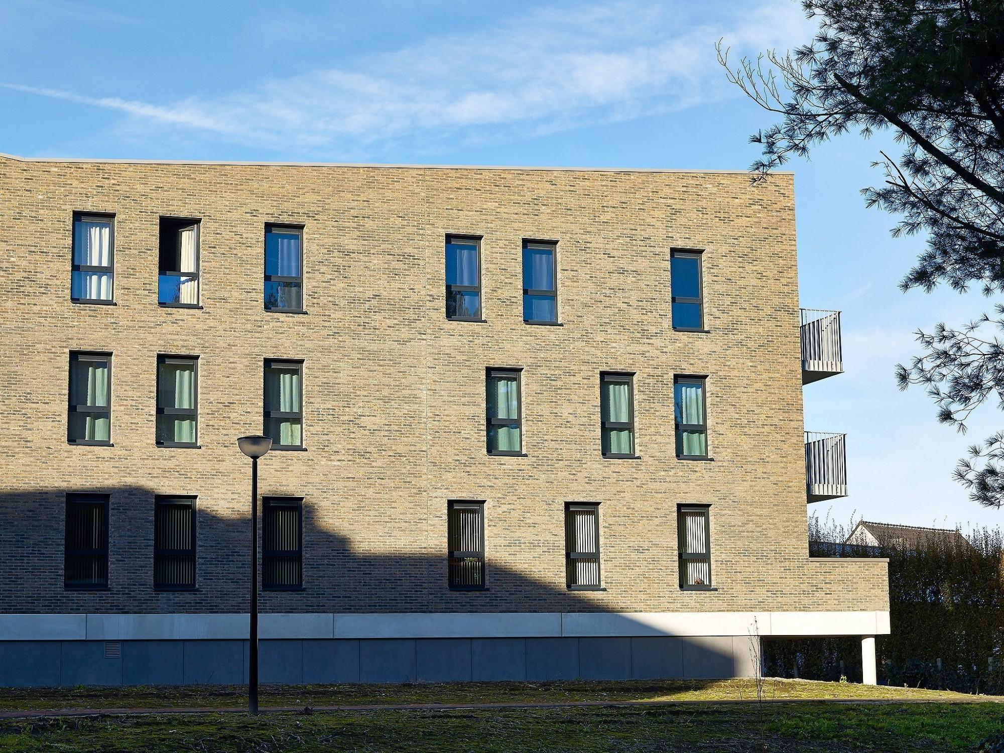 Afbeelding: Architectuur fotografie, appartementen te Geel voor Nys Driessen -  Groep Van Roey. Architectuurfotograaf Foto Van Huffel.