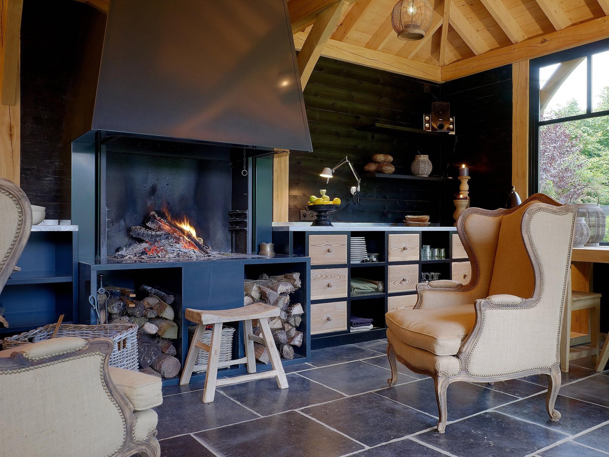 Afbeelding: Fotografie interieur eiken bijgebouwen te Rixensart voor © Heritage Buildings.