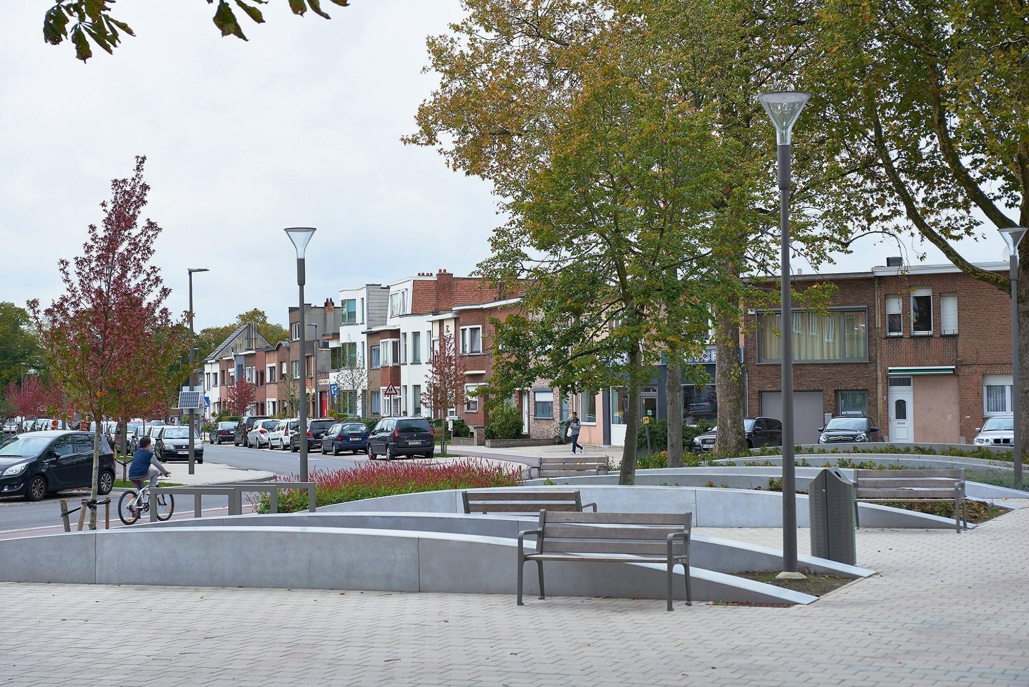 Afbeelding: Fotografie infrastructuur werken, gebruik van bestratingsmaterialen en beton elementen voor Ebema, Wilrijk.