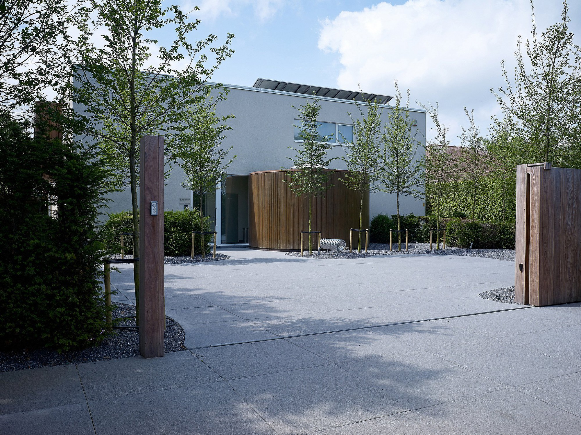 Afbeelding: Product fotografie op locatie, bestratingsmaterialen van betonproducten voor tuinaanleg, fotografie voor Stone & Style.