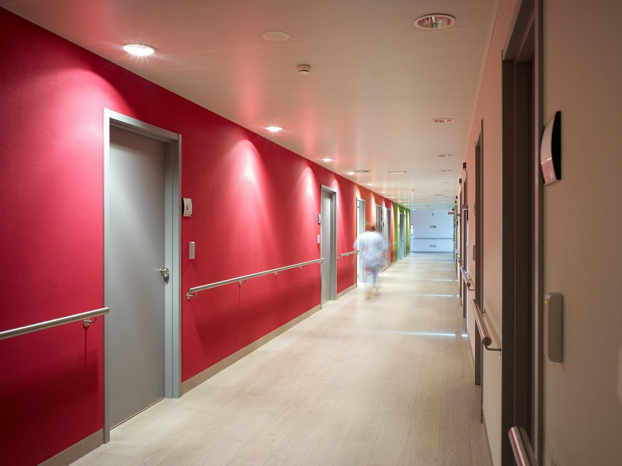 Afbeelding: Fotografie binnendeuren ziekenhuis te Malle, voor Eribel.