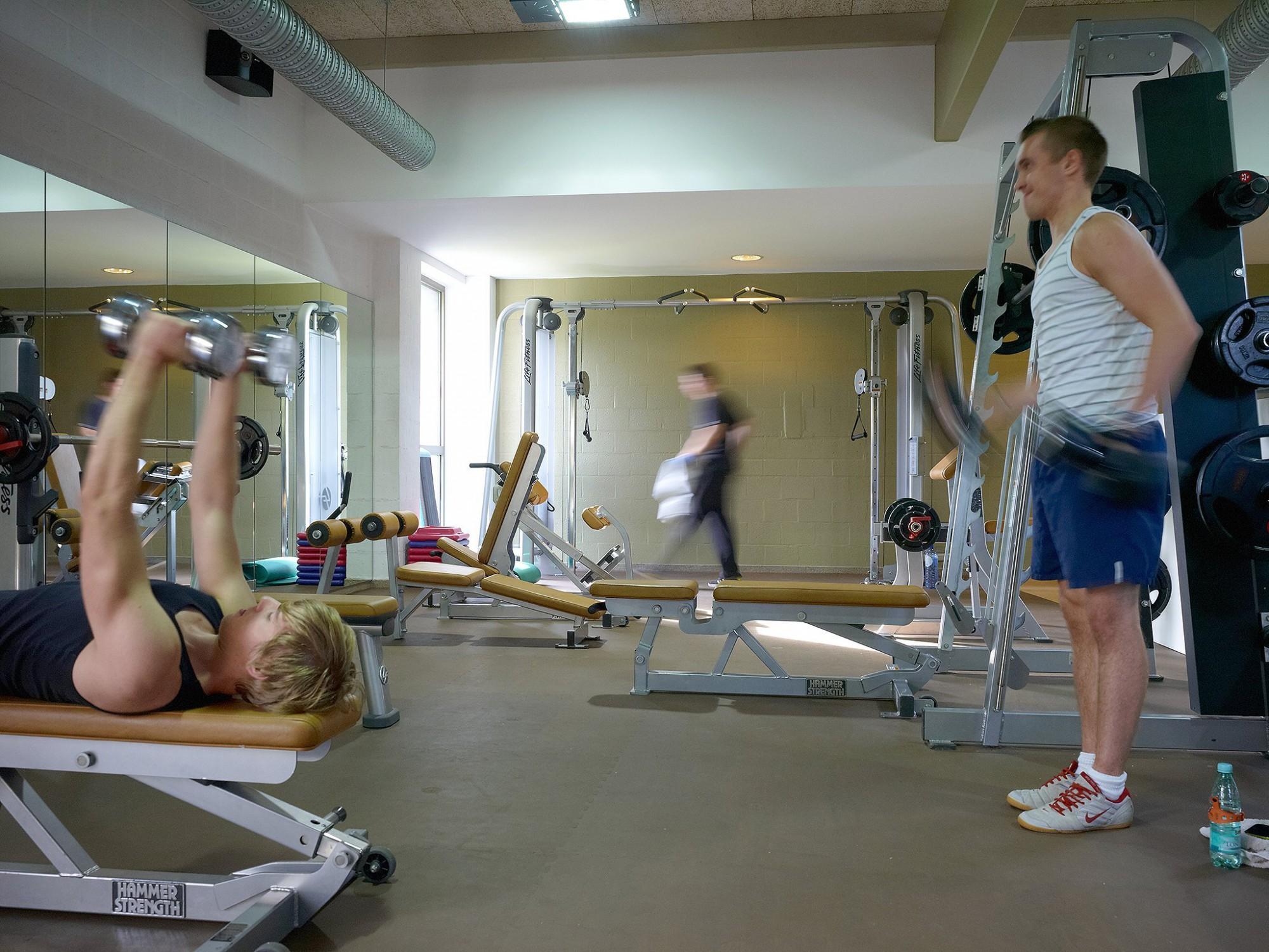 Afbeelding: Bedrijfsreportage fotografie voor Sportoase, fitness zaal.