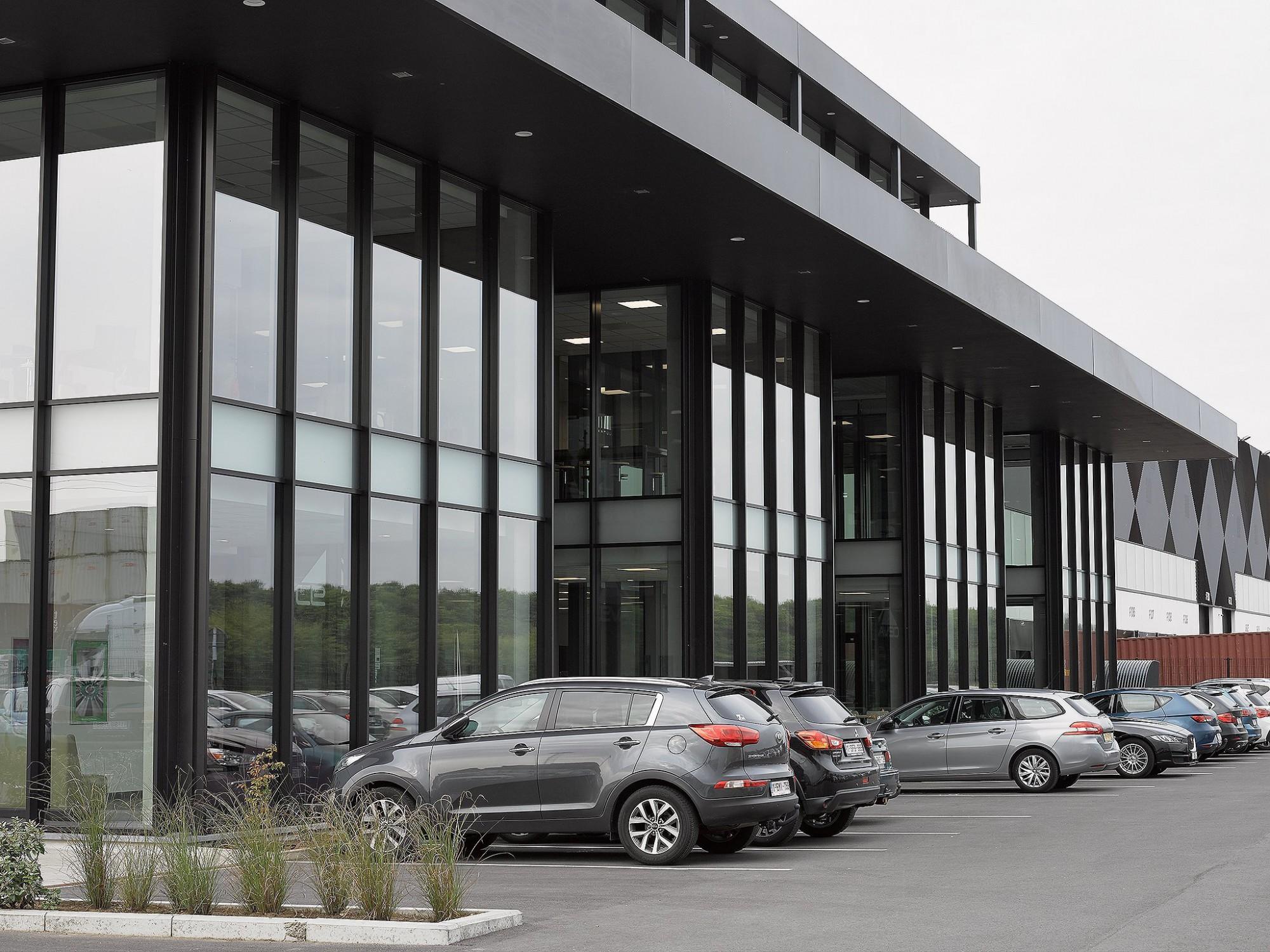 Afbeelding: Fotografie magazijn - industrie Antwerp East port te Grobbendonk, voor ASK Romein.