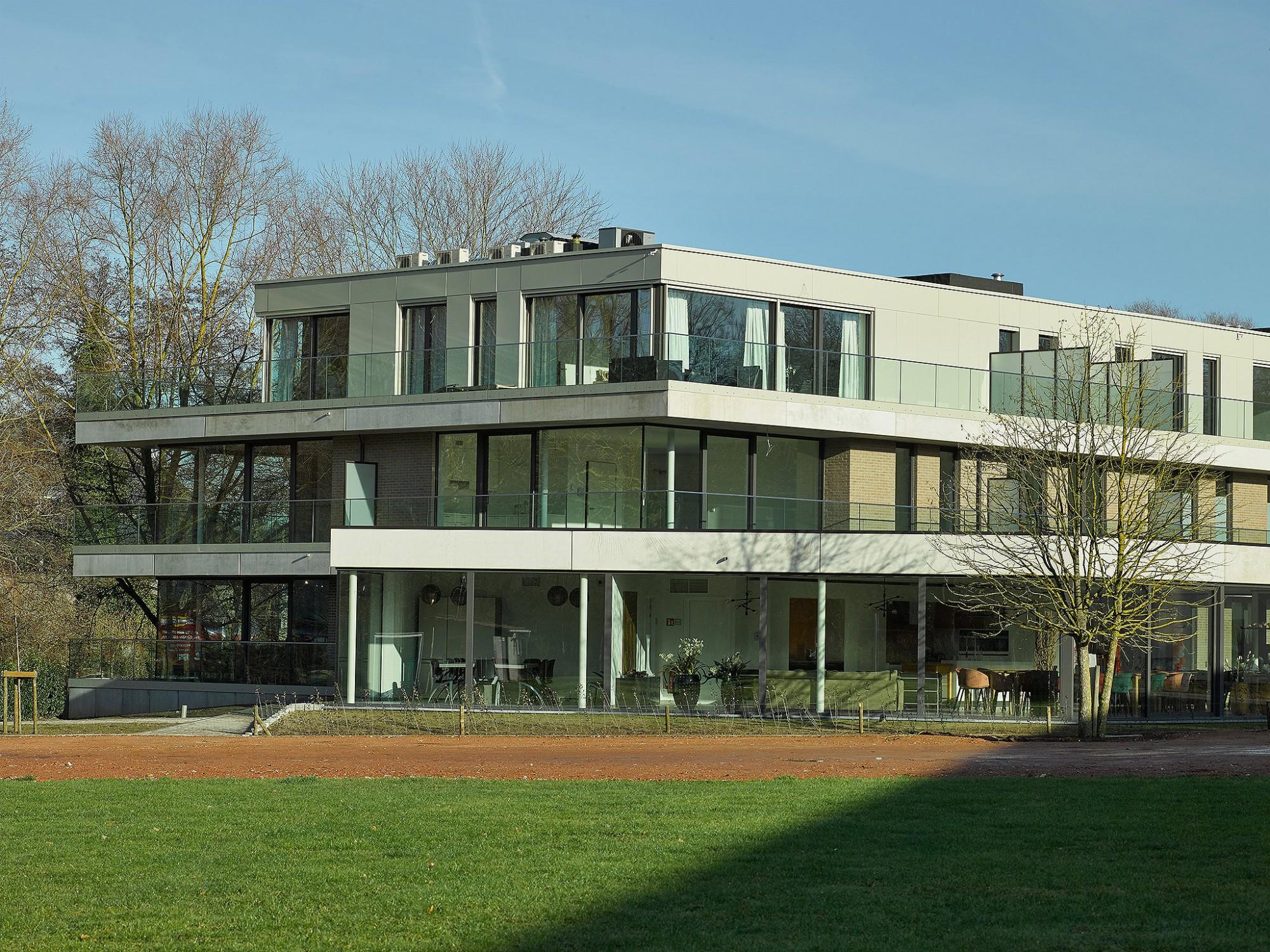 Afbeelding: Fotografie woon en zorgcentra, © Mertens architecten, foto Van Huffel.