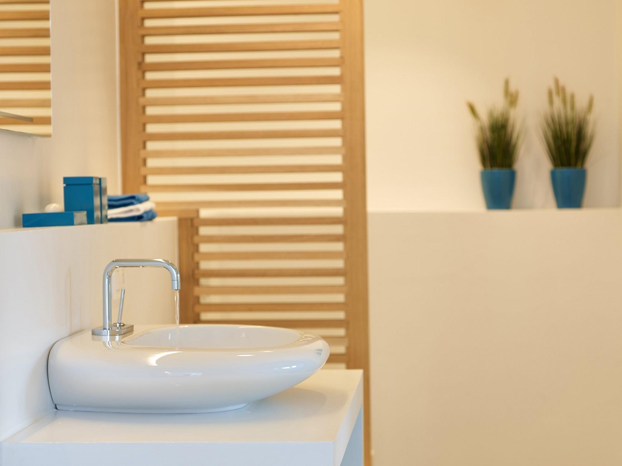 Afbeelding: Fotografie interieur - badkamer - voor vakantiewoning Petit Chateau te Beekborne.