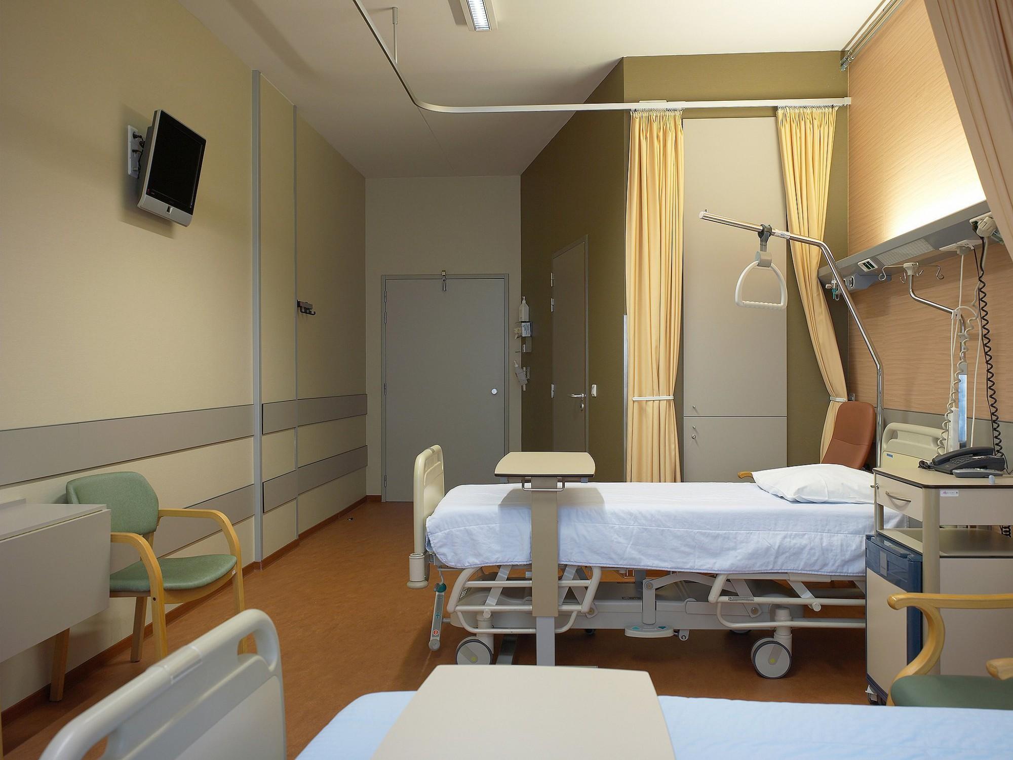 Afbeelding: Fotografie hospitaal kamer te Hasselt, voor Vanhout.pro.
