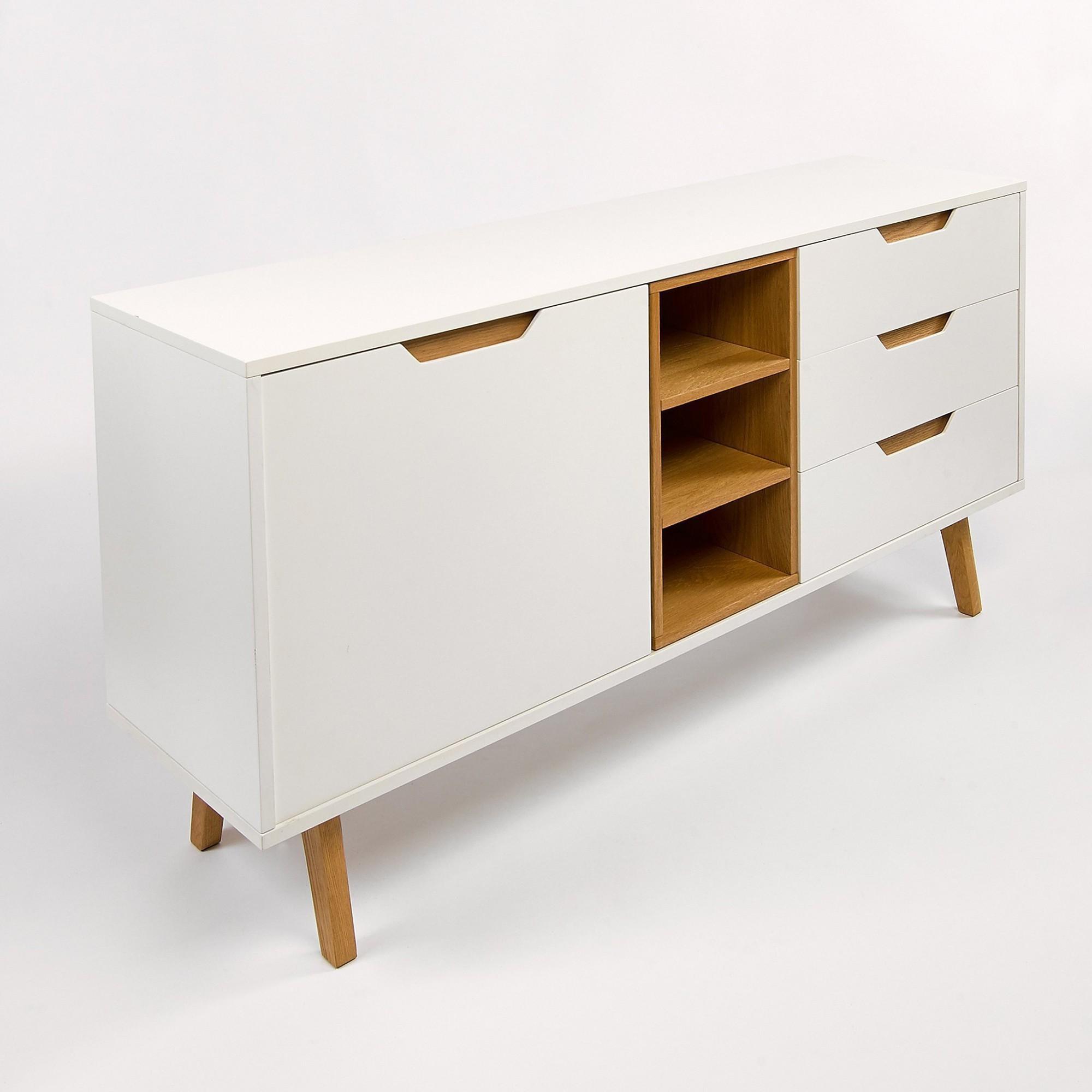 Afbeelding: Studio fotografie op locatie, packshot fotografie, meubel-kast © Simla.