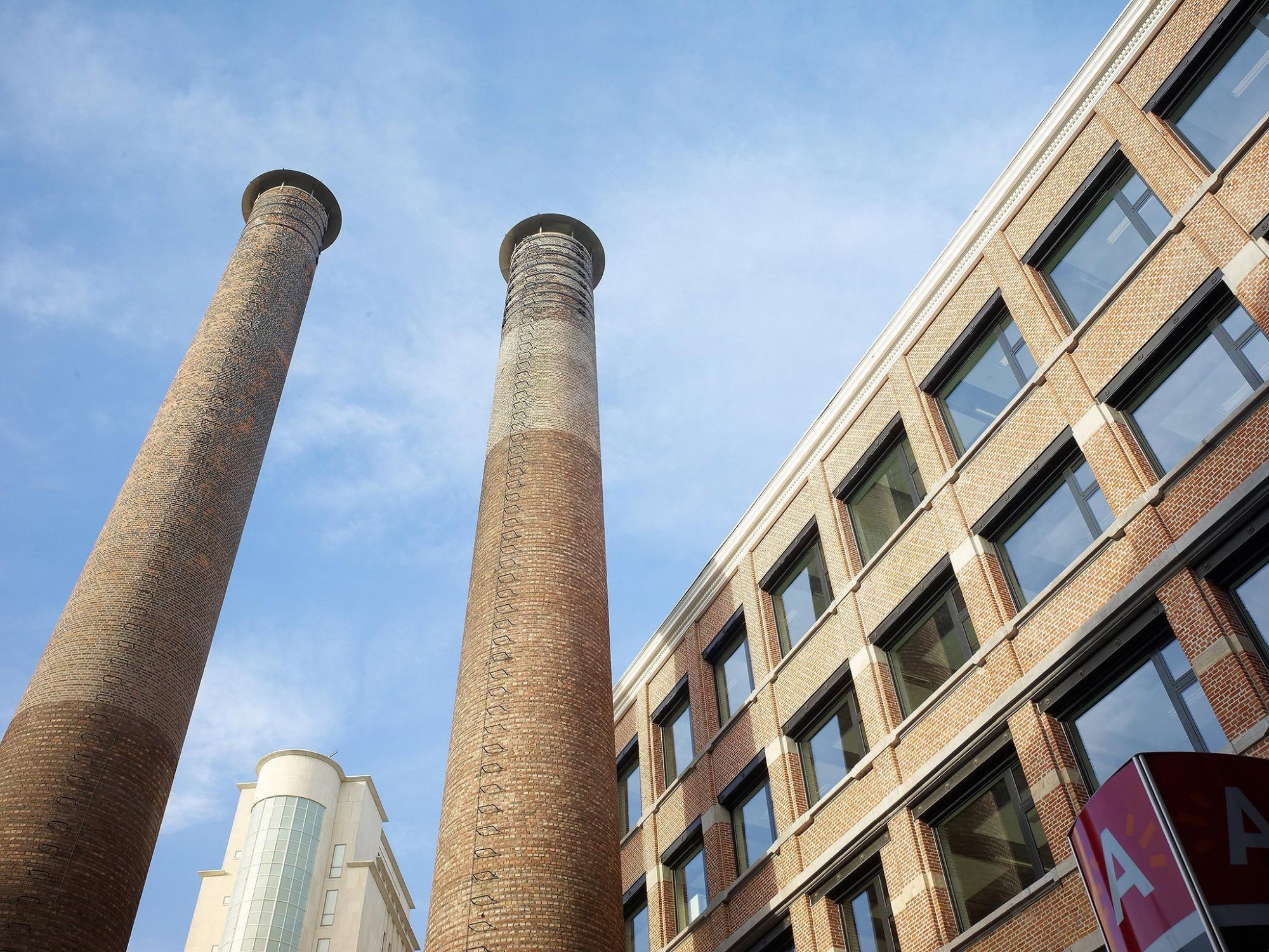 Afbeelding: Architectuur fotografie, renovatie kantoorgebouw voor stad Antwerpen, voor groep Van Roey.