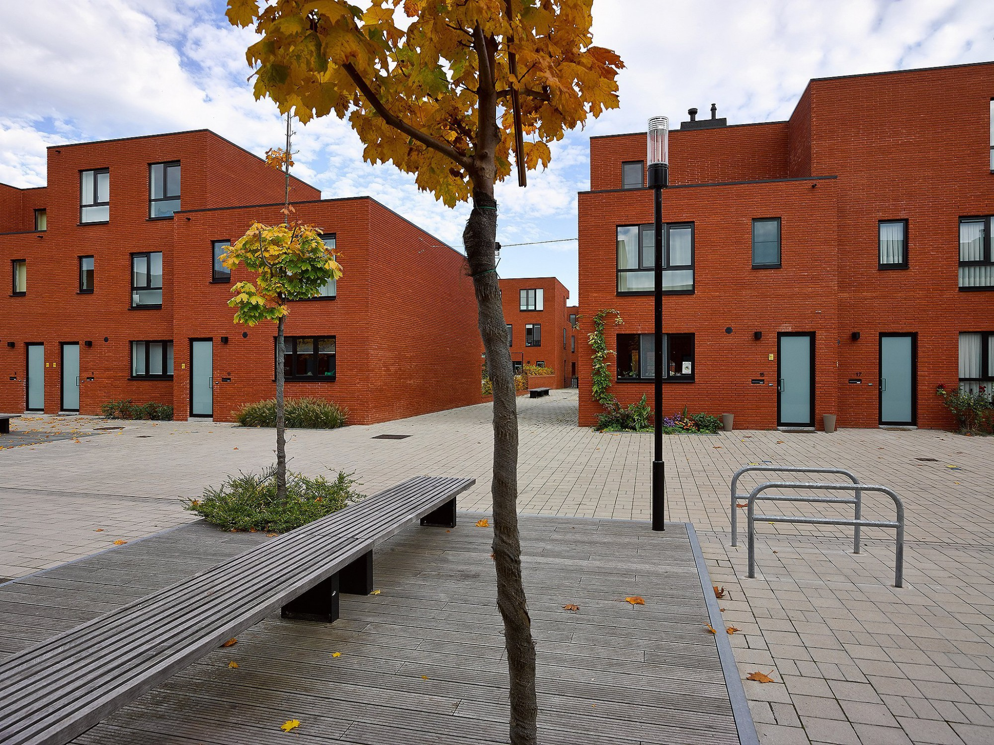 Afbeelding: Architectuur fotografie, sociale woningen, centrale werkplaatsen Te Kessel-Lo, voor groep van Roey.