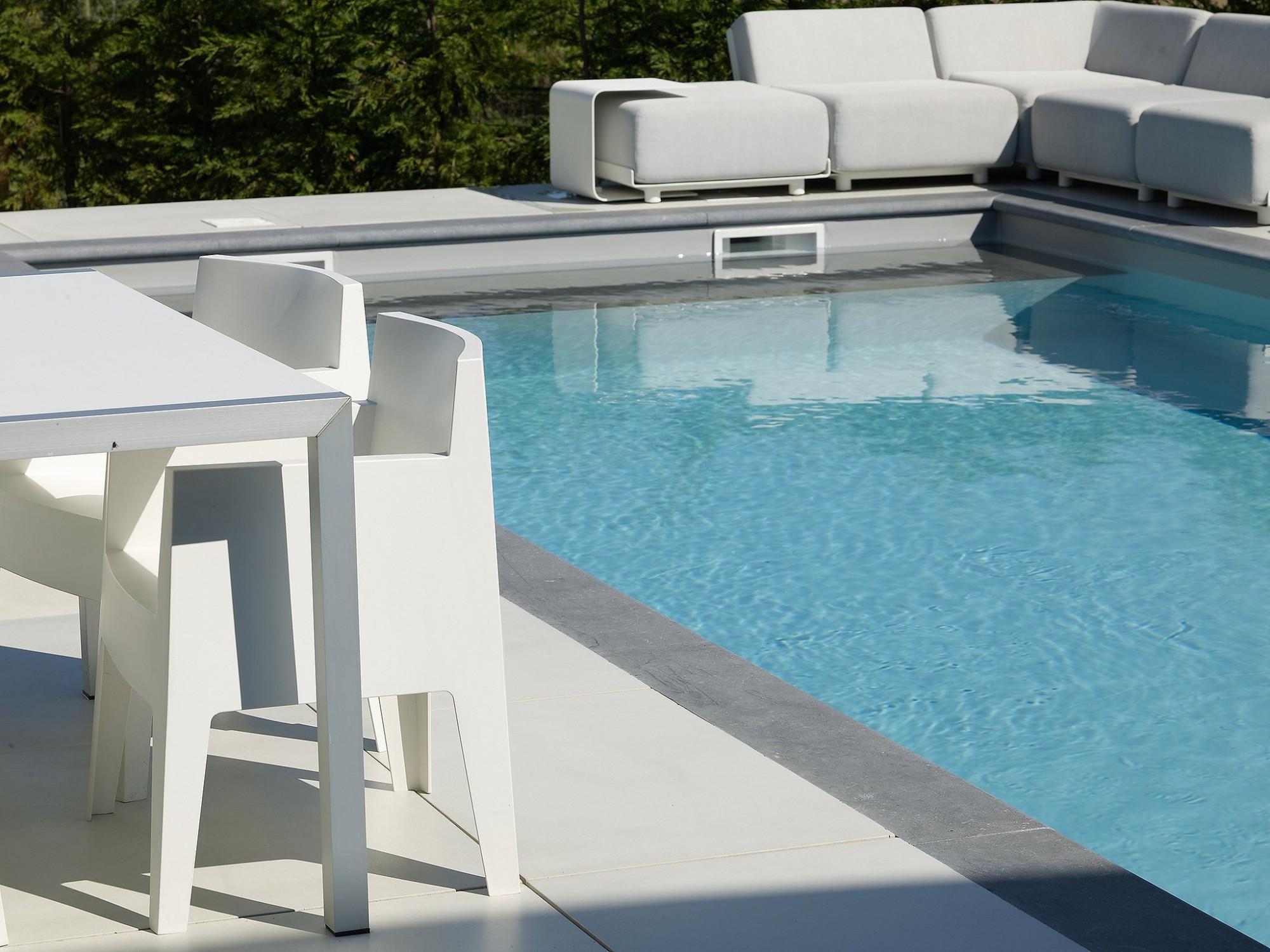 Afbeelding: Fotografie zwembad te Hoeselt voor Stone&Style terrastegels.