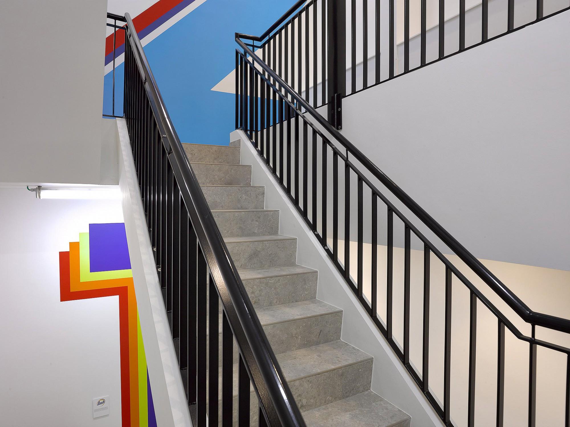 Afbeelding: Interieurfotografie Foto Van Huffel, bedrijfsgebouwen, trappen, hallen, voor Mourik.