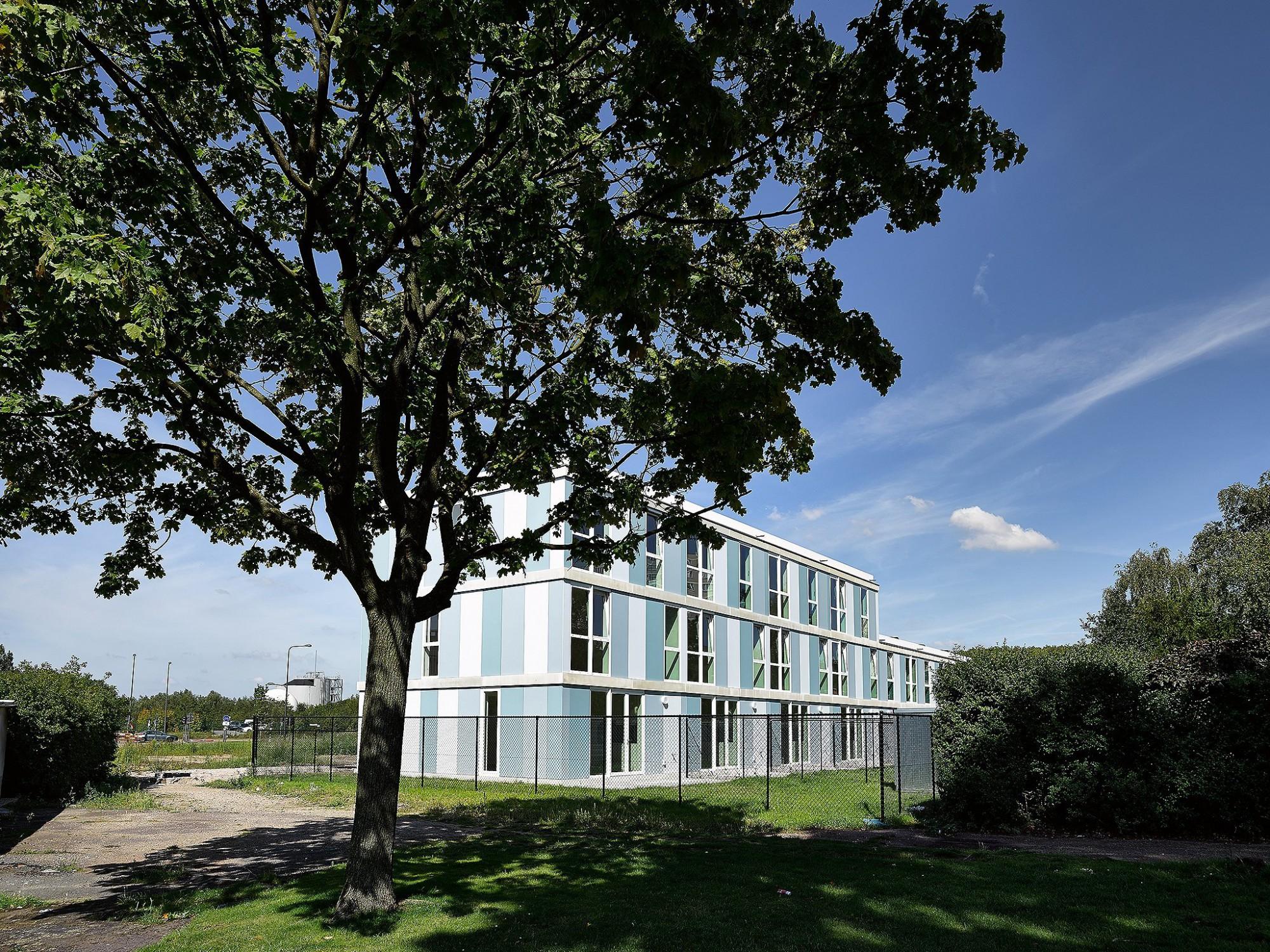 Afbeelding: Fotografie architectuur sociale appartementen, Kielpolderzuid Hoboken, gevelplaten Ornimat, voor SVK.