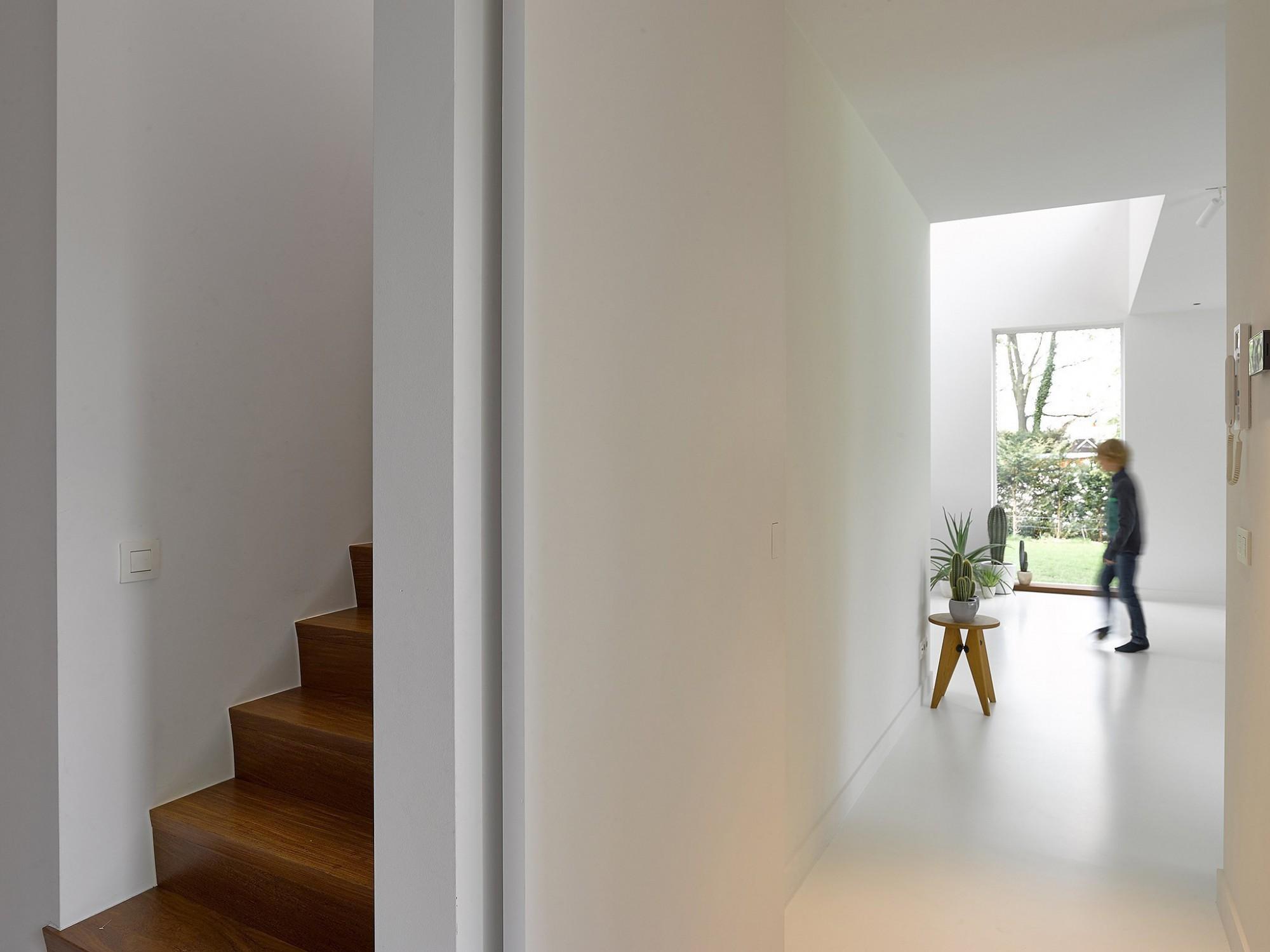 Afbeelding: Fotografie interieur - binnendeuren - trap te Vosselaar voor Eddy De Prins, interieurfotografie Foto Van Huffel.