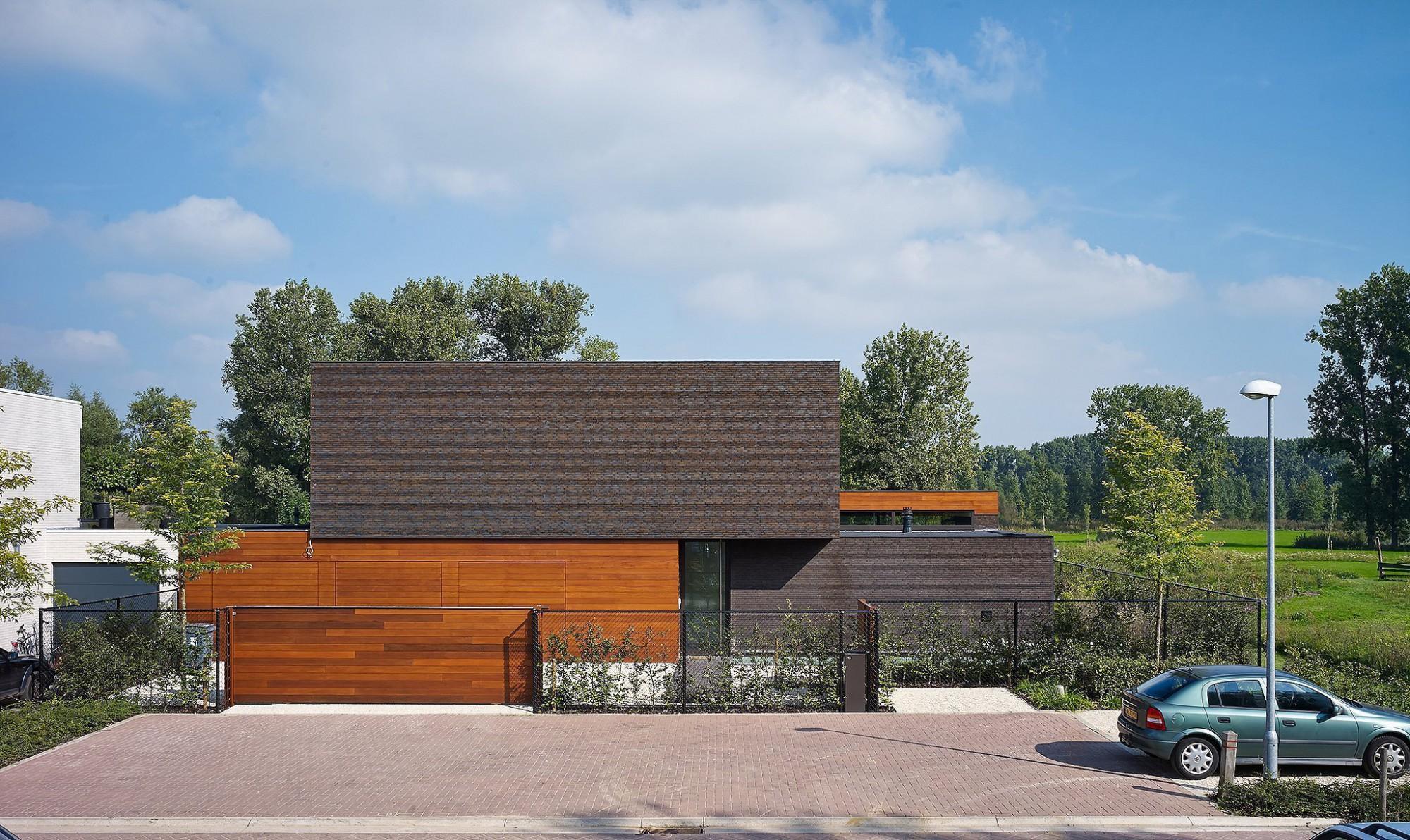 Afbeelding: Architectuur fotografie, moderne woning Hoogstraten, © atelier Blockx, Peeters & Van Looveren, voor bouwbedrijf Woestenborghs.