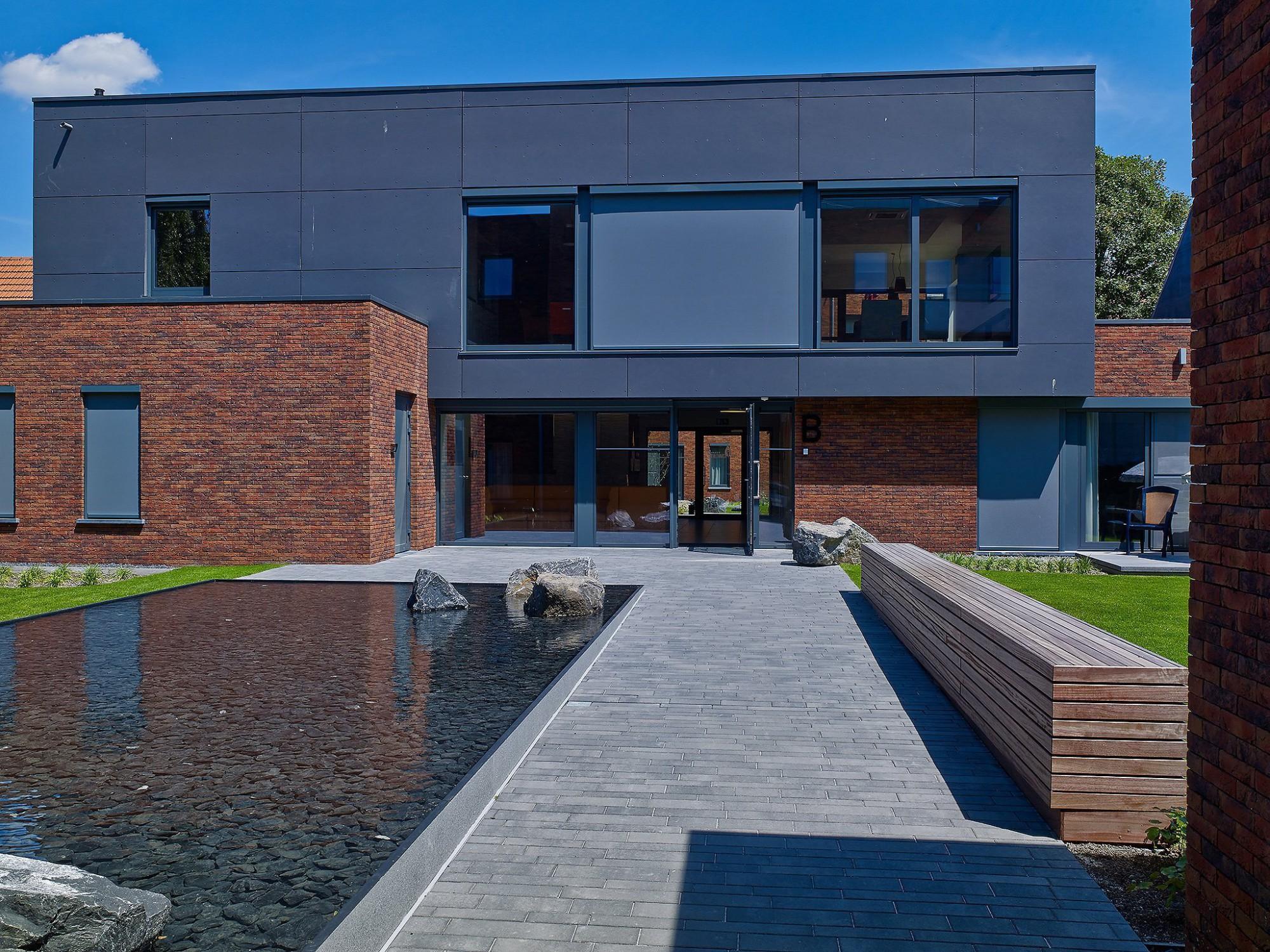 Afbeelding: Fotografie architectuur woonzorgcentrum privé te Berchem voor Stone&Style.