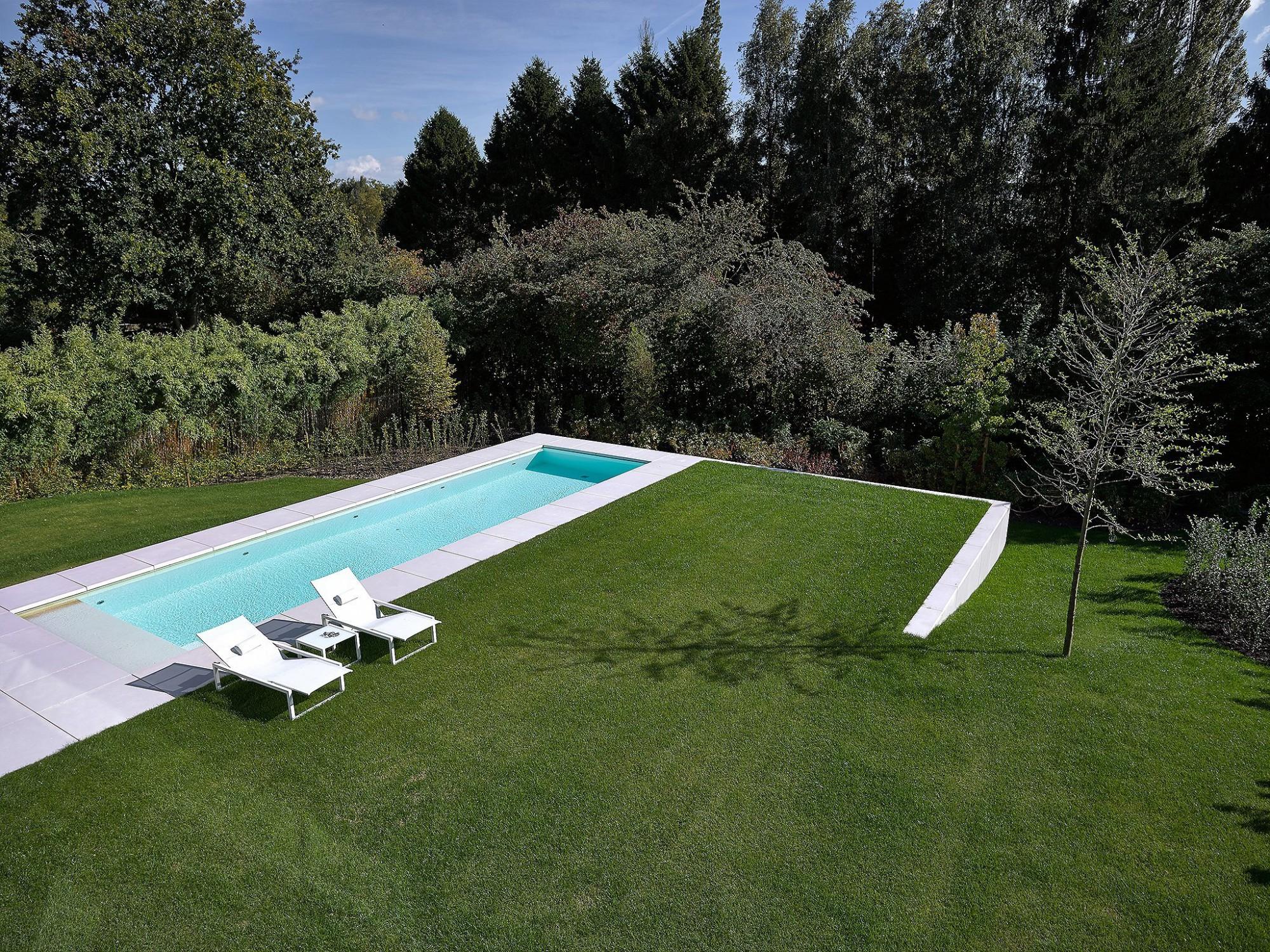 Afbeelding: Fotografie zwembad te Bonheide voor Stone&Style terrastegels.