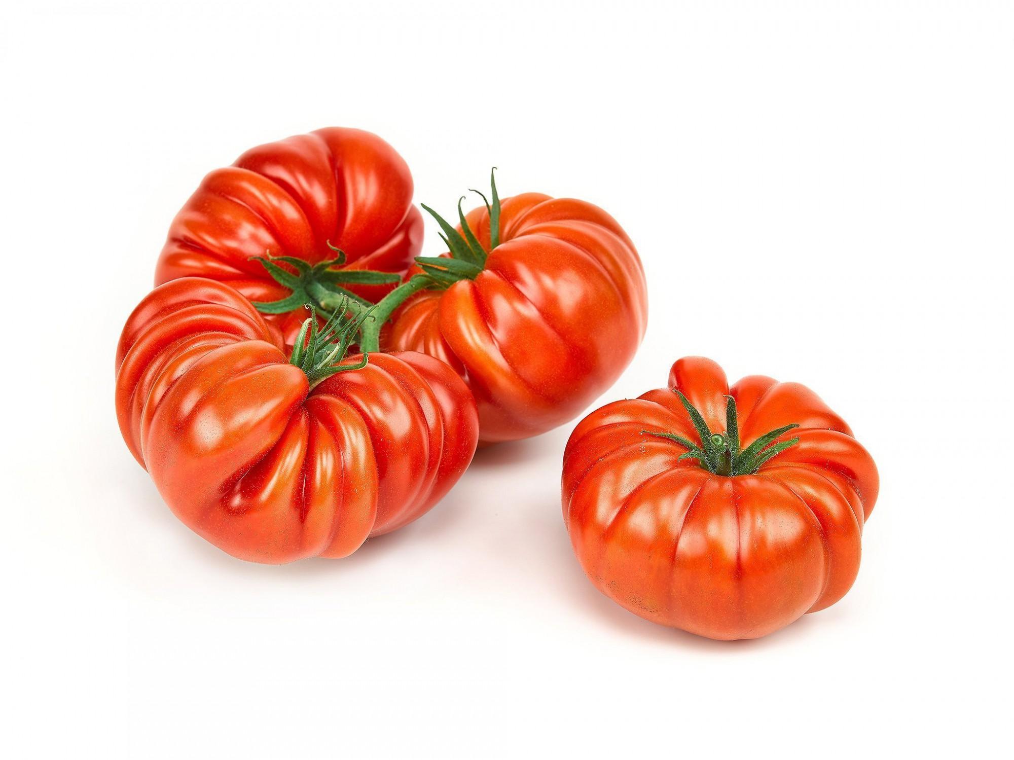 Afbeelding: Studio fotografie, packshot tomaten voor Stoffels tomaten.