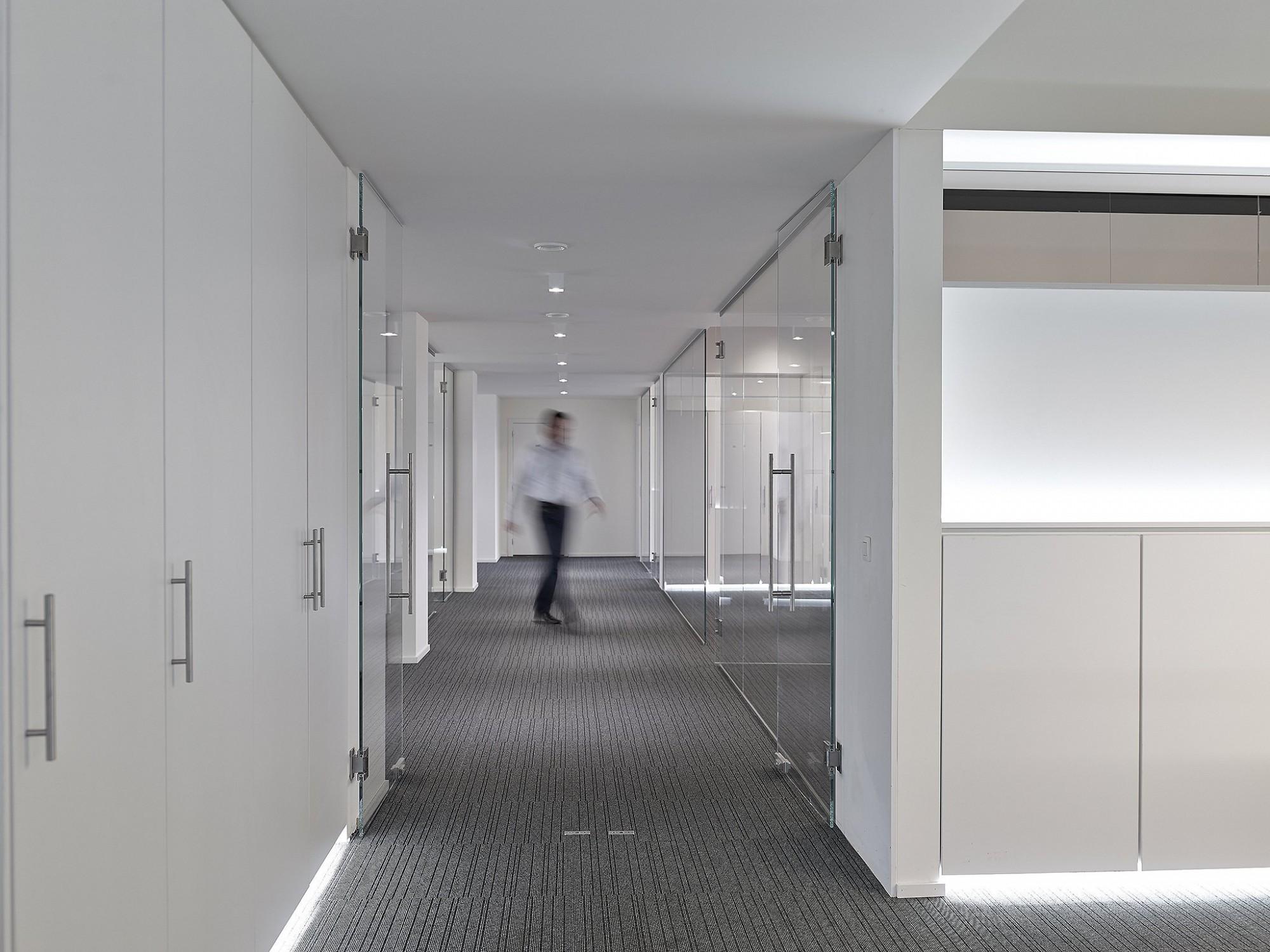 Afbeelding: Interieur fotografie kantoorruimte te Hasselt , voor © Sarchis architecten.