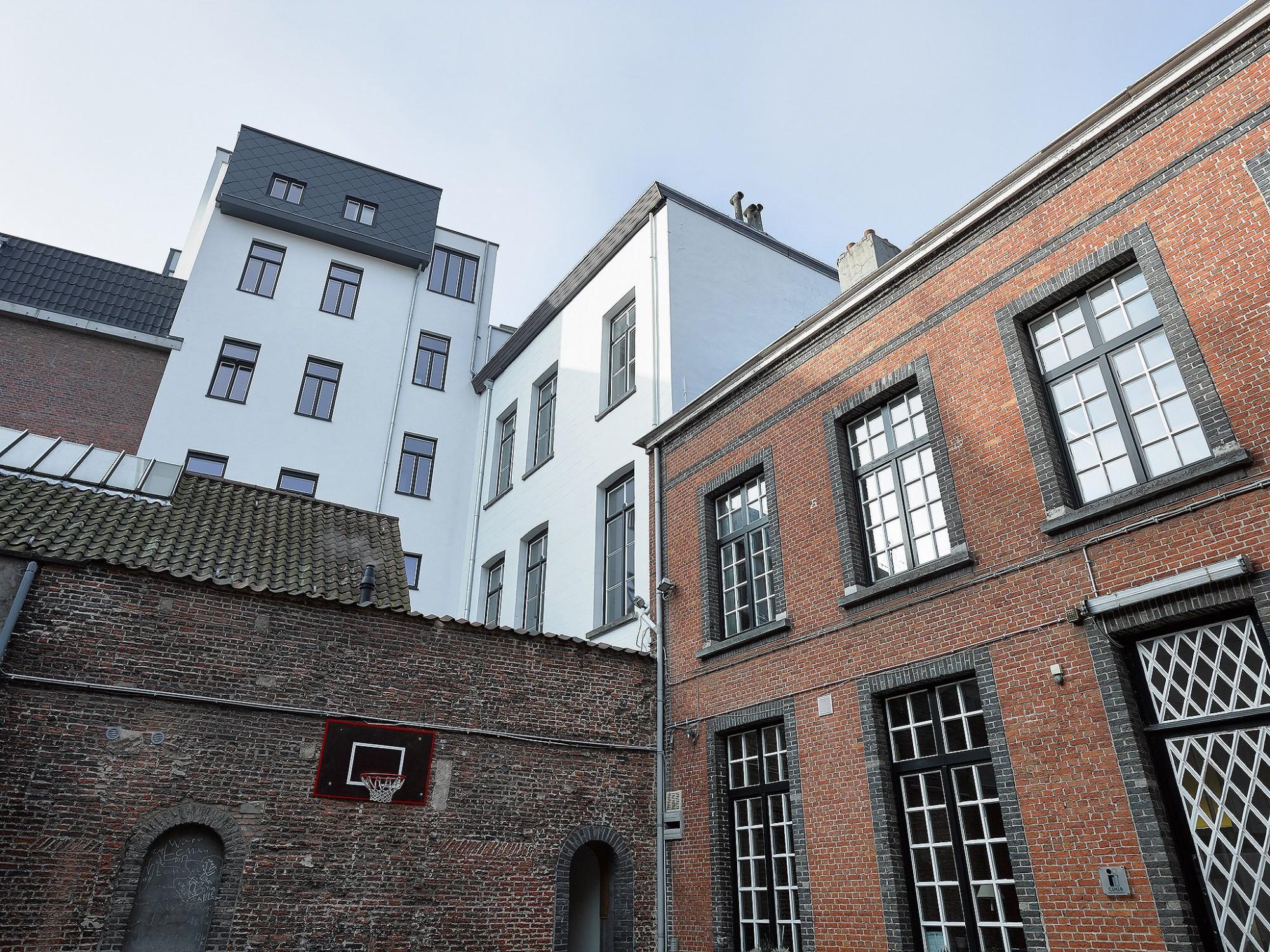 Afbeelding: Architectuur fotografie renovatie, Krauwelenhof te Antwerpen, voor bouwbedrijf Menbo.