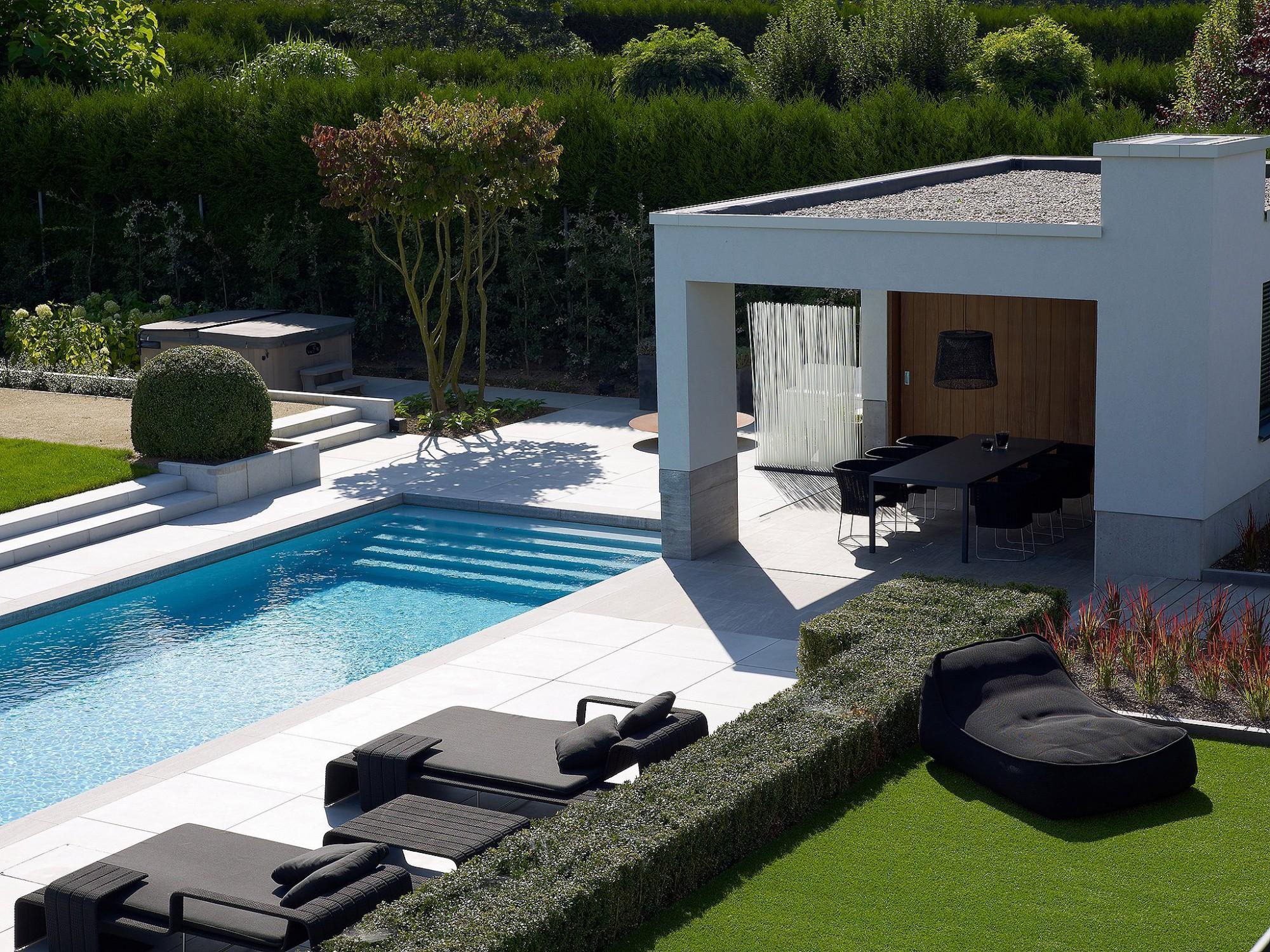 Afbeelding: Fotografie zwembad te Schaffen voor Stone&Style terrastegels.