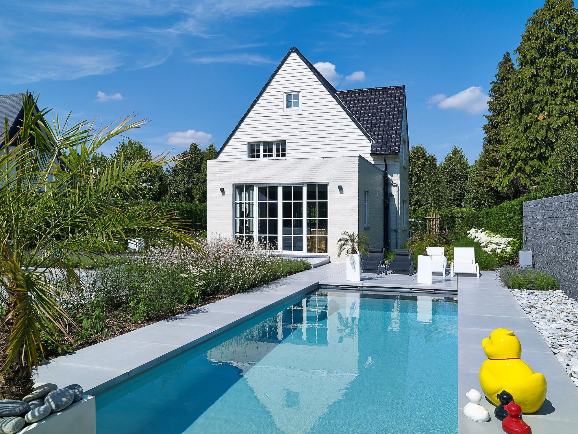 Afbeelding: Fotografie zwembad te Hasselt voor Stone&Style terrastegels.