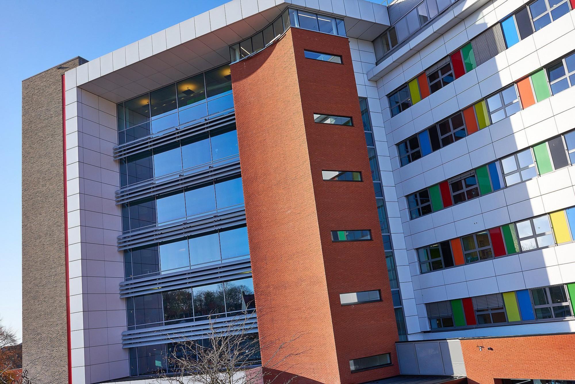 Afbeelding: Fotografie architectuur Foto Van Huffel, ziekenhuis Herentals, voor DCA.
