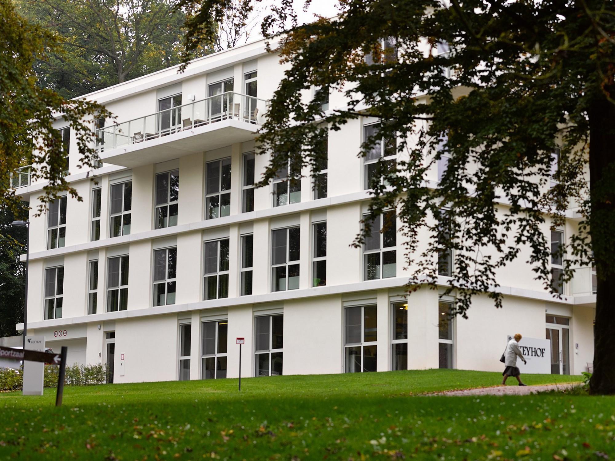 Afbeelding: Architectuur fotografie, woon-en zorgcentrum te Huldenberg, voor groep Van Roey.